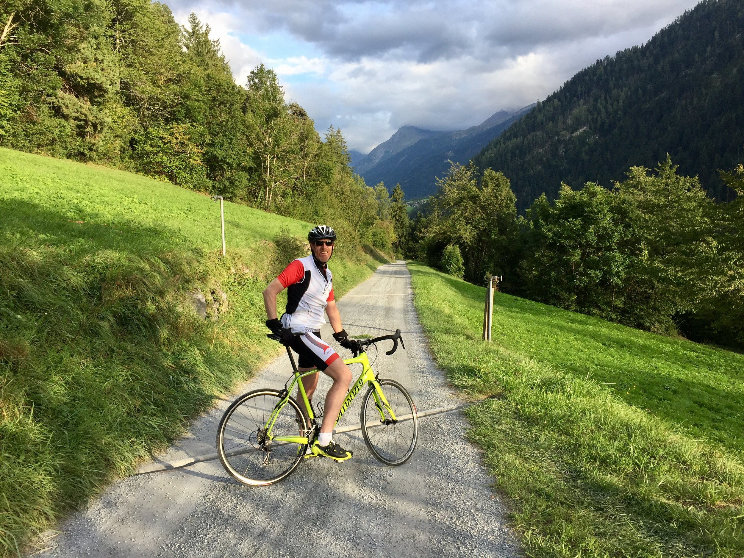 A gentil introduction to alpine cycling and Switzerland
