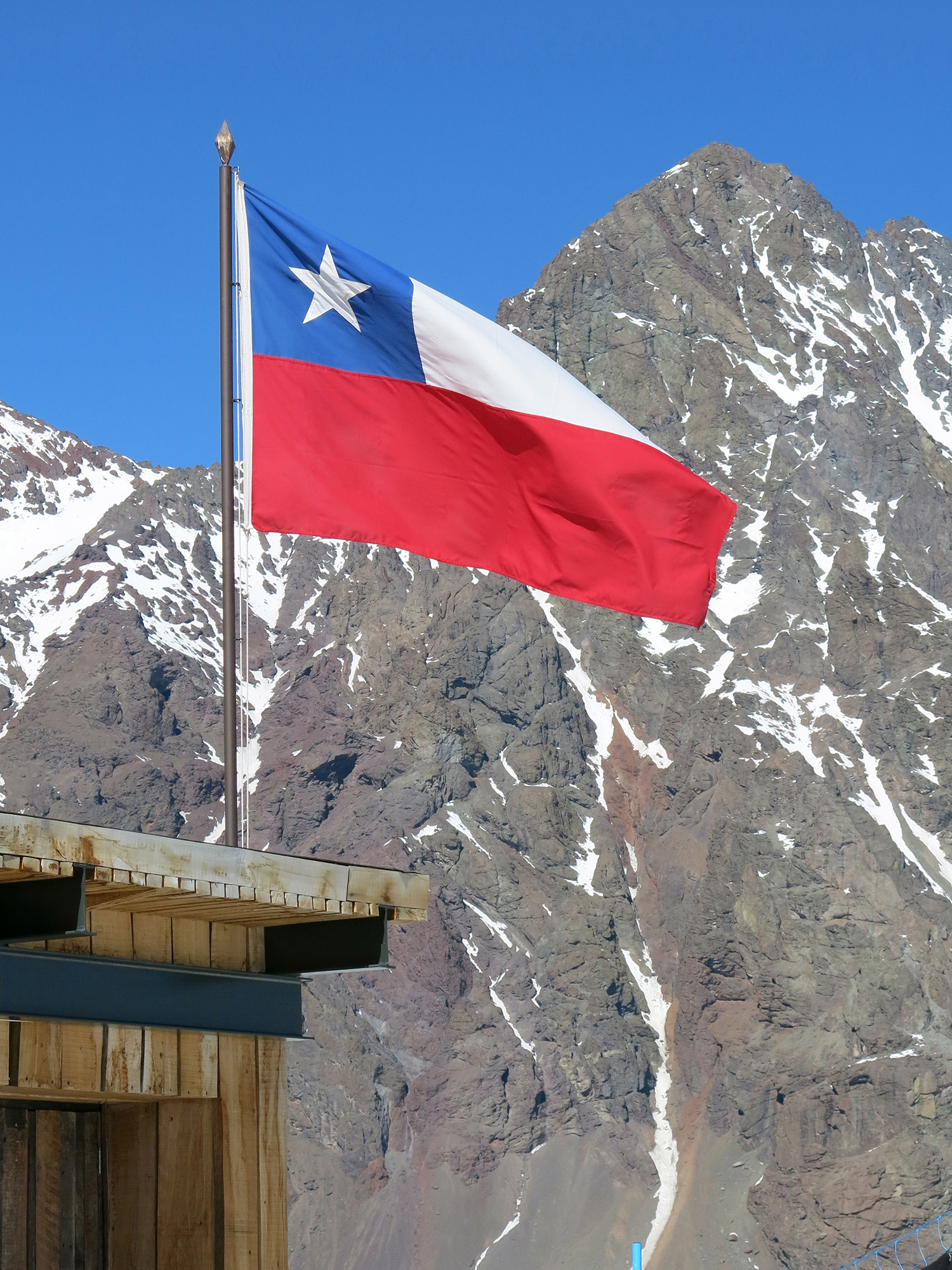 Portillo, Chile will host Leadership in the Fall Line 2017. With skiing in the beautiful Andes Mountains and world class leadership training, this premium program will affect you both personally and professionally.