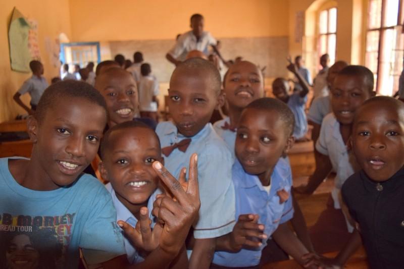 KIDS-RWANDA.jpg