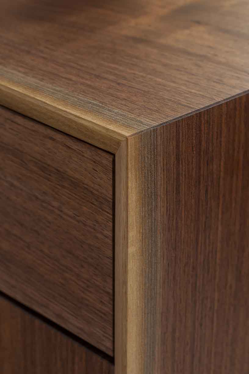 wickham_quartersawn_walnut_credenza2_tom_moore_photo.jpg