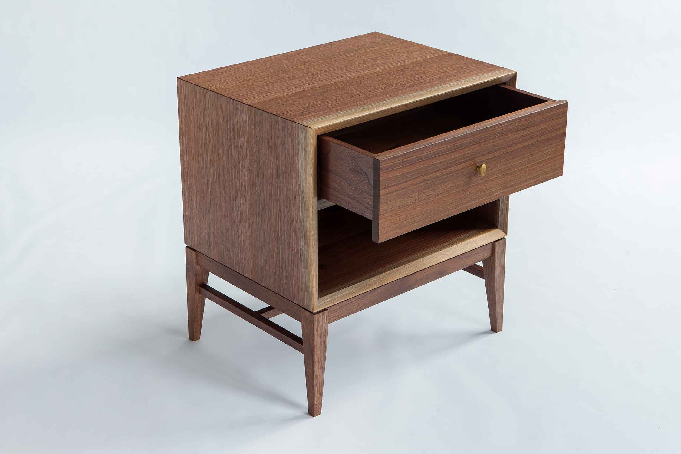 wickham_quartersawn_walnut_nightstand2_tom_moore_photo.jpg.jpg