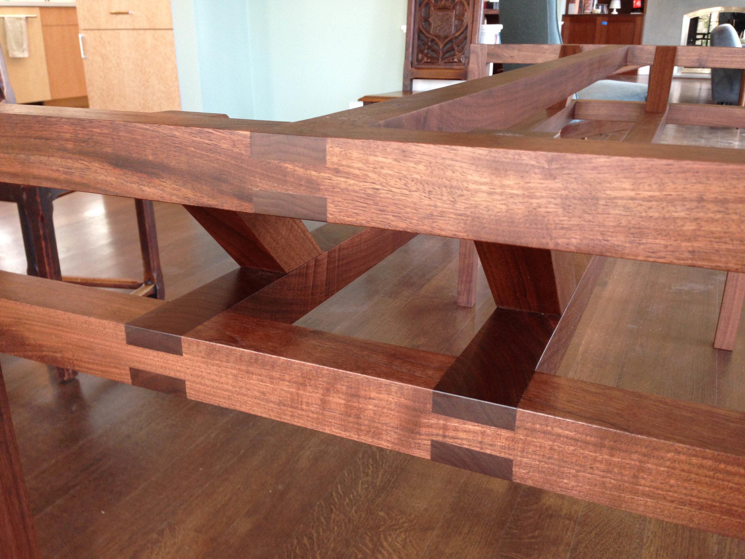 triad trestle table-31051.jpg
