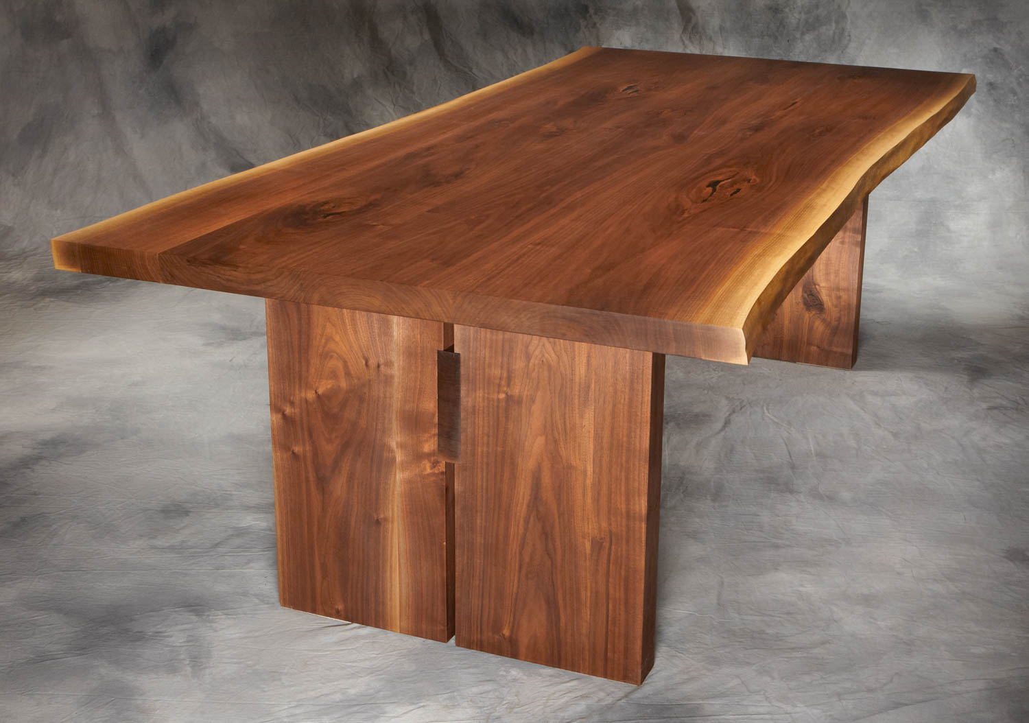 thick trestle table-2.jpg