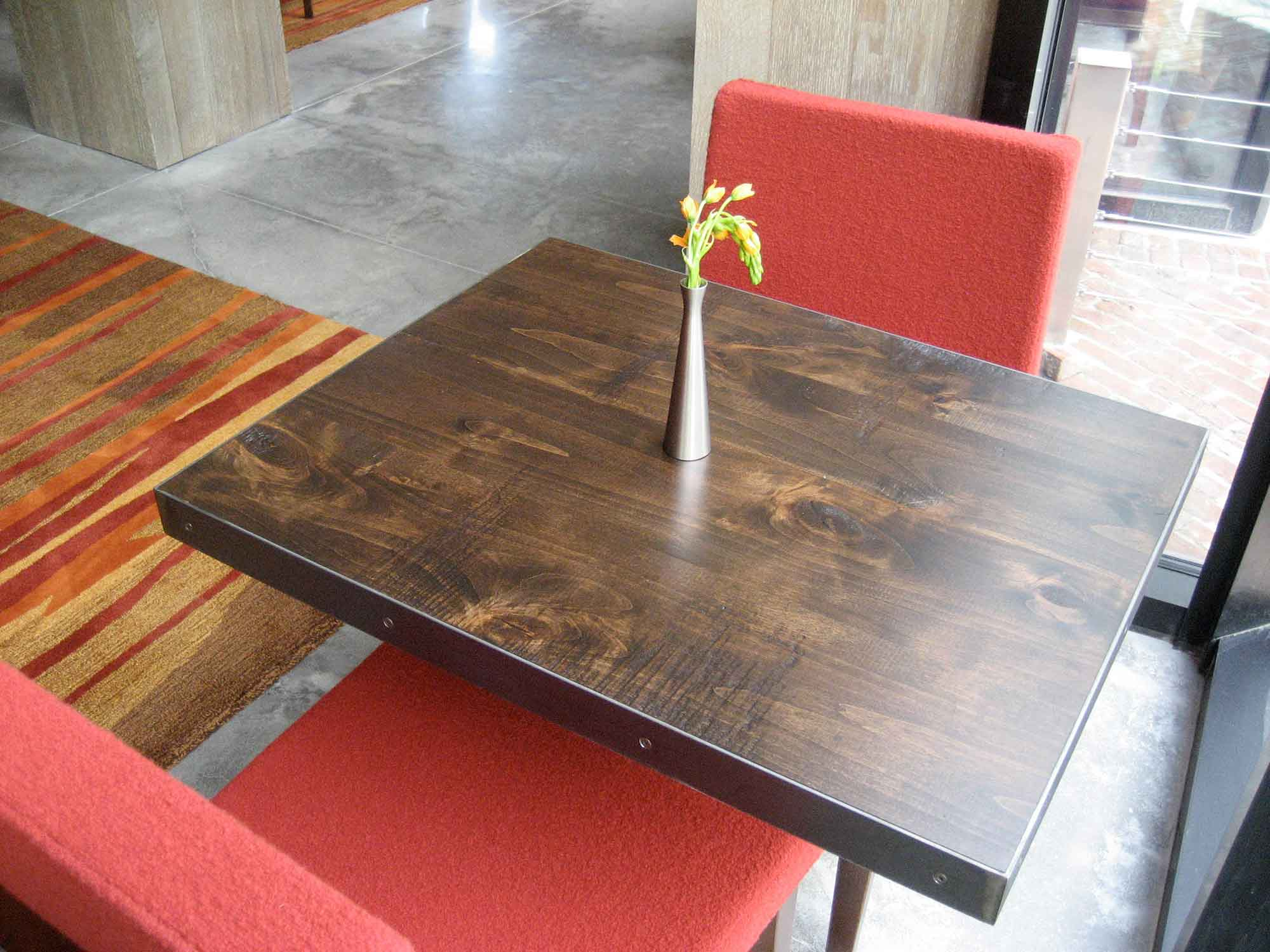 roundhouse-dining-tables-13654.jpg