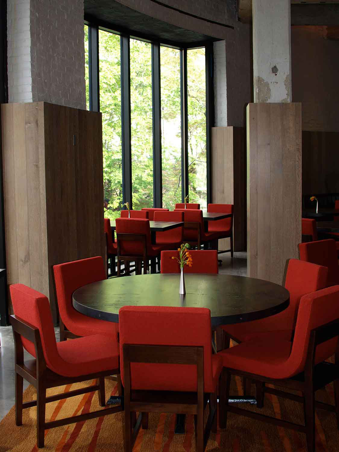 roundhouse-dining-tables-5101810.jpg