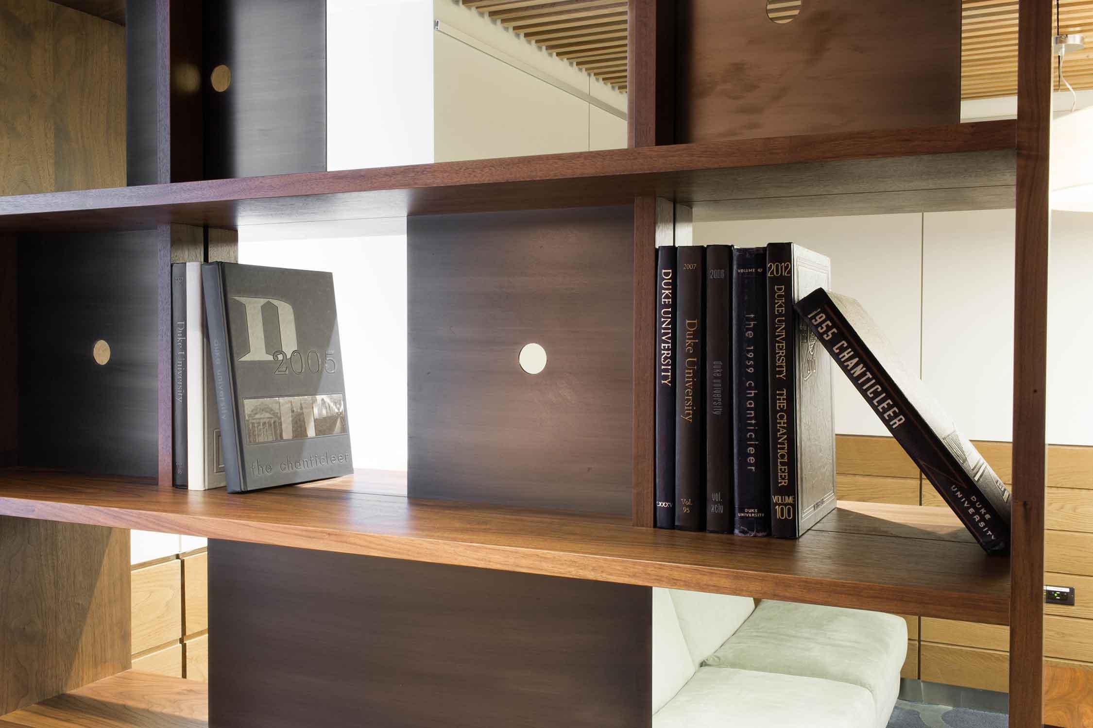 duke-bookcases-411.jpg