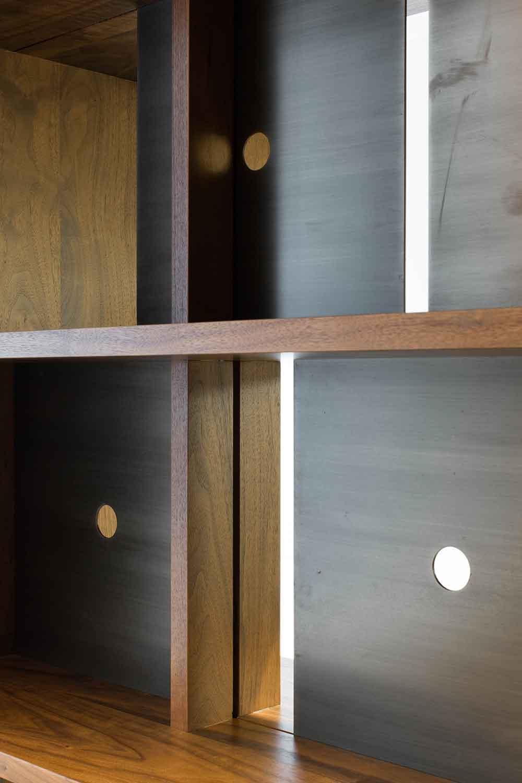 duke-bookcases-414.jpg