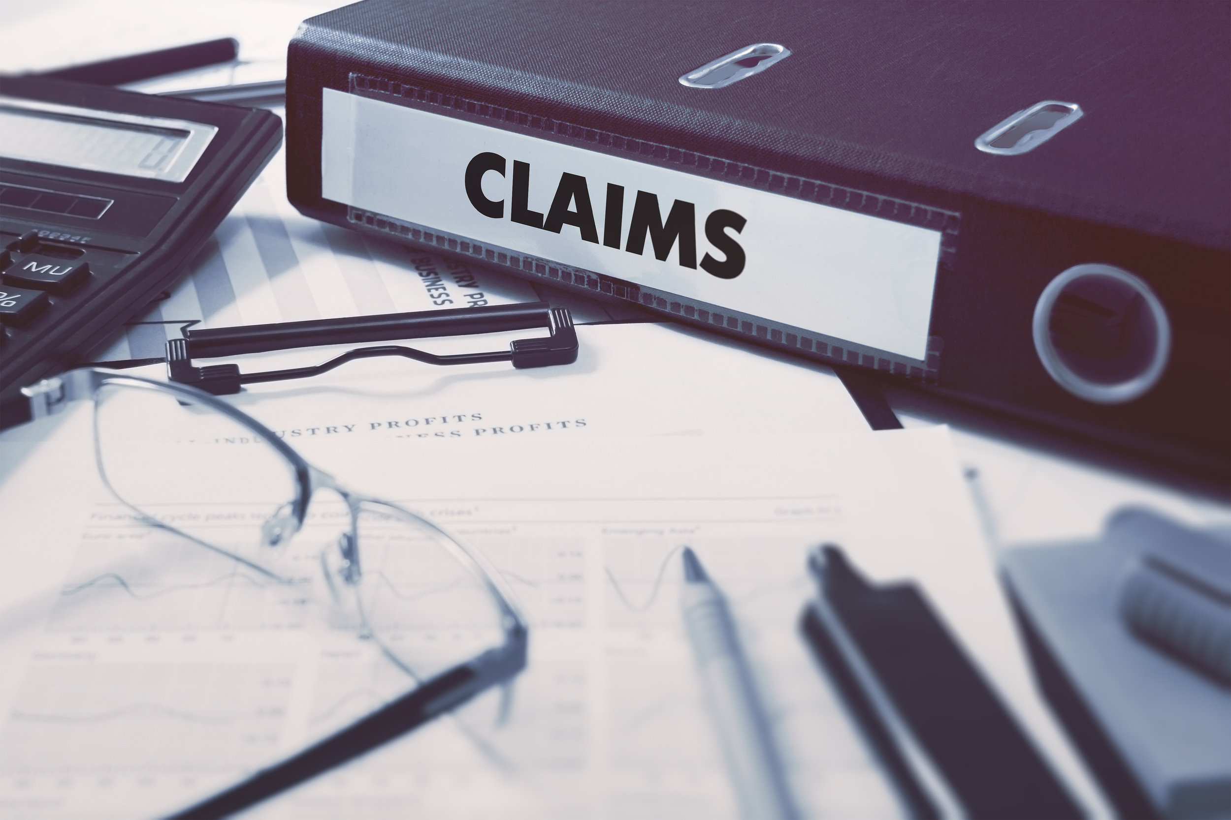 Should-I-file-a-personal-injury-claim-or-worker-compensation-claim.jpg