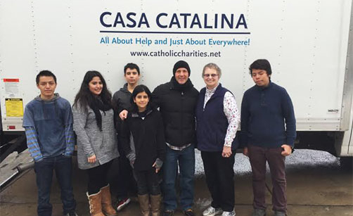 Tim Whiting, Sister JoEllen Tomas, and volunteers at the Casa Catalina.