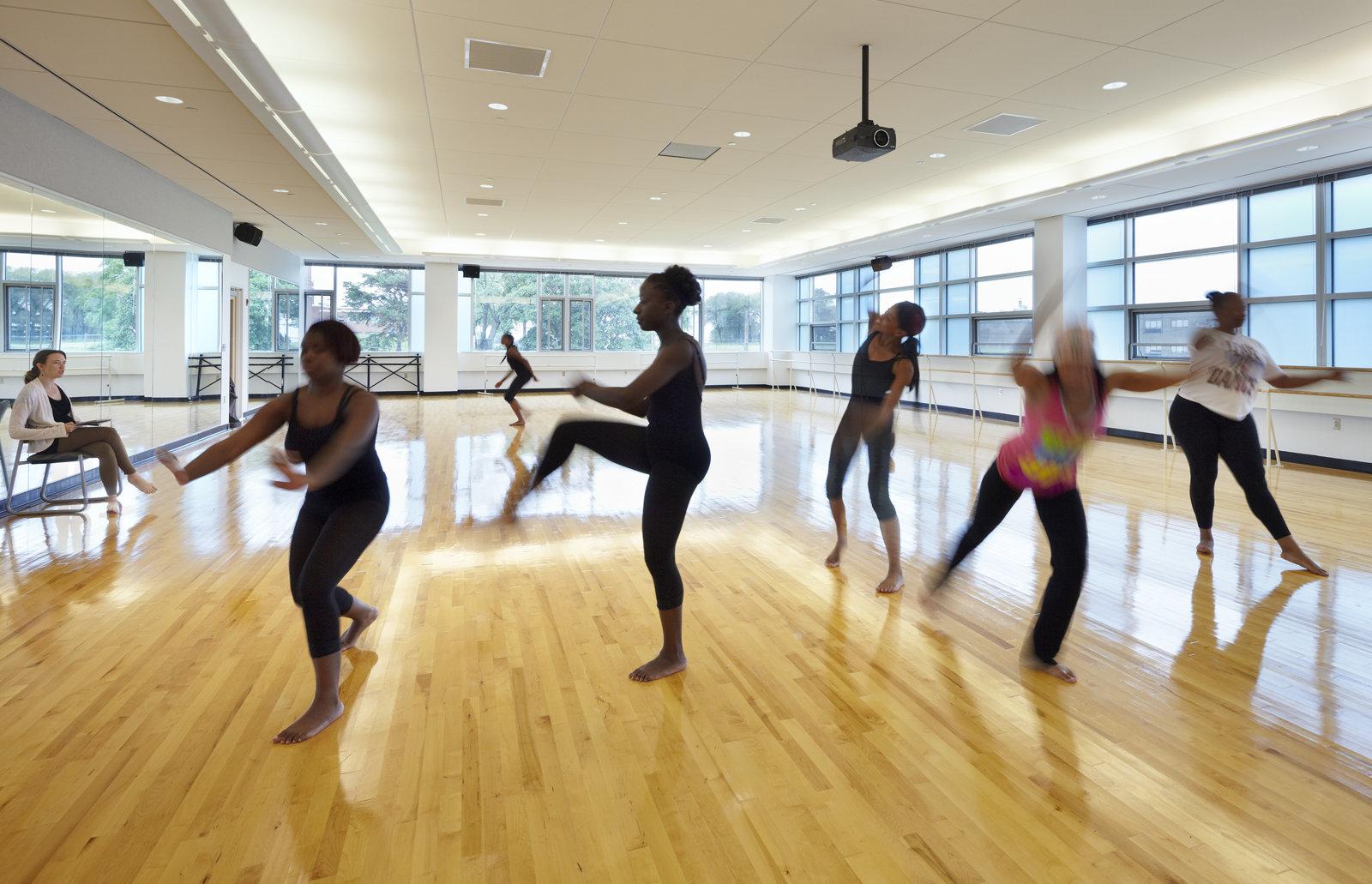 coppin.dance.studio.a.jpg