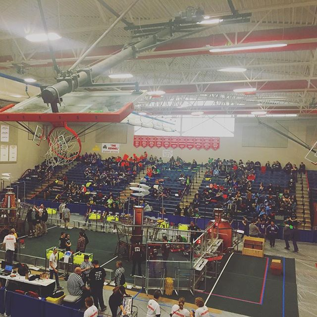 Getting ready for the #michiganrobotics in Lansing! Special thanks to Mason High School for hosting the event.  Good luck to all the teams here! #frc #robotics