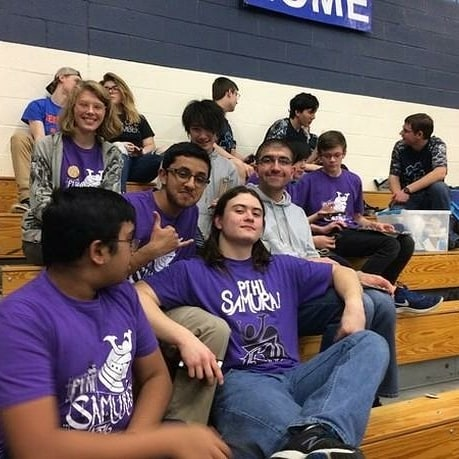 We may not have had the best robot, but we certainly have the best people! See everyone again in two weeks at Belleville! #omgrobots #firstrobotics #fighting