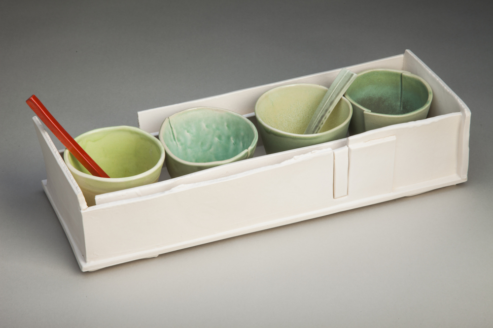 Rectangular Box With 4 Bowls & 2 Spoons