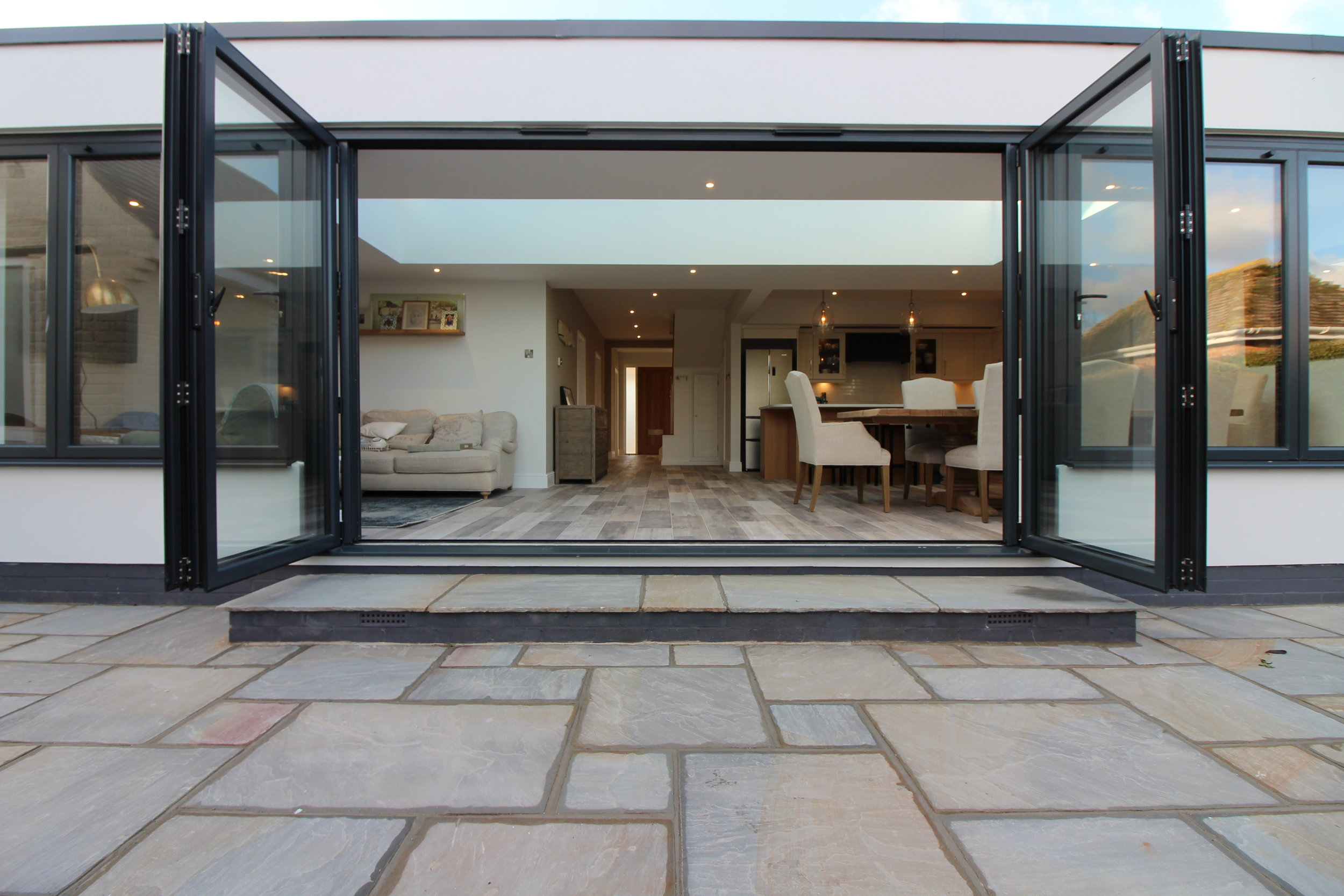 Bifold windows and doors were added to the rear extension to maximum natural light. Perfect to enjoy the warmer summer months and welcome the gentle sea breeze into your home.
