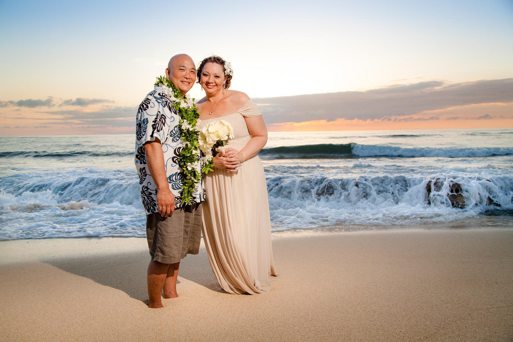 oahu north shore vow renewal anniversary beach portraits