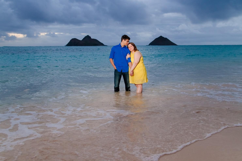 surprise proposal portrait session oahu hawaii