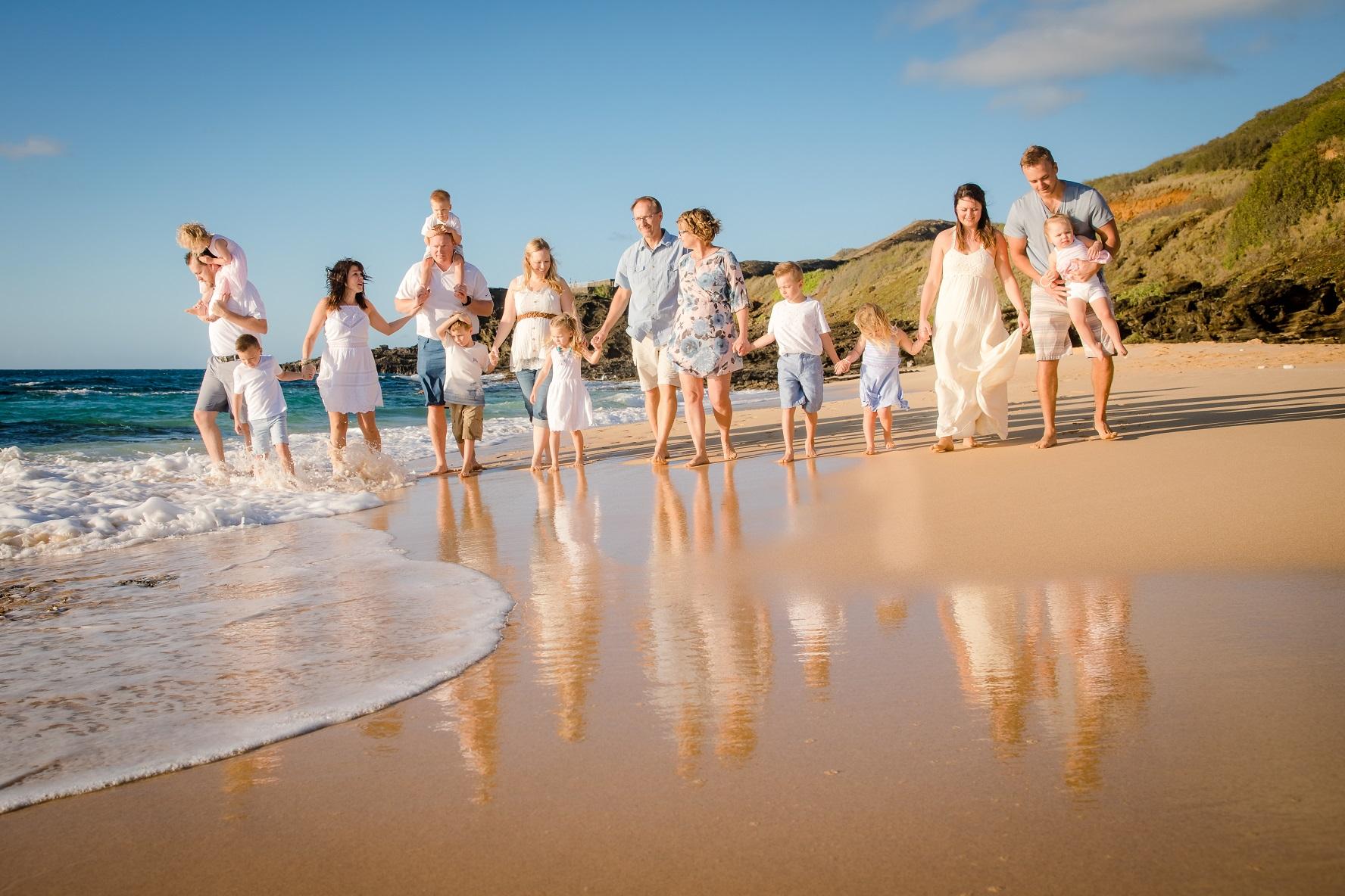 family beach photographer waikiki oahu