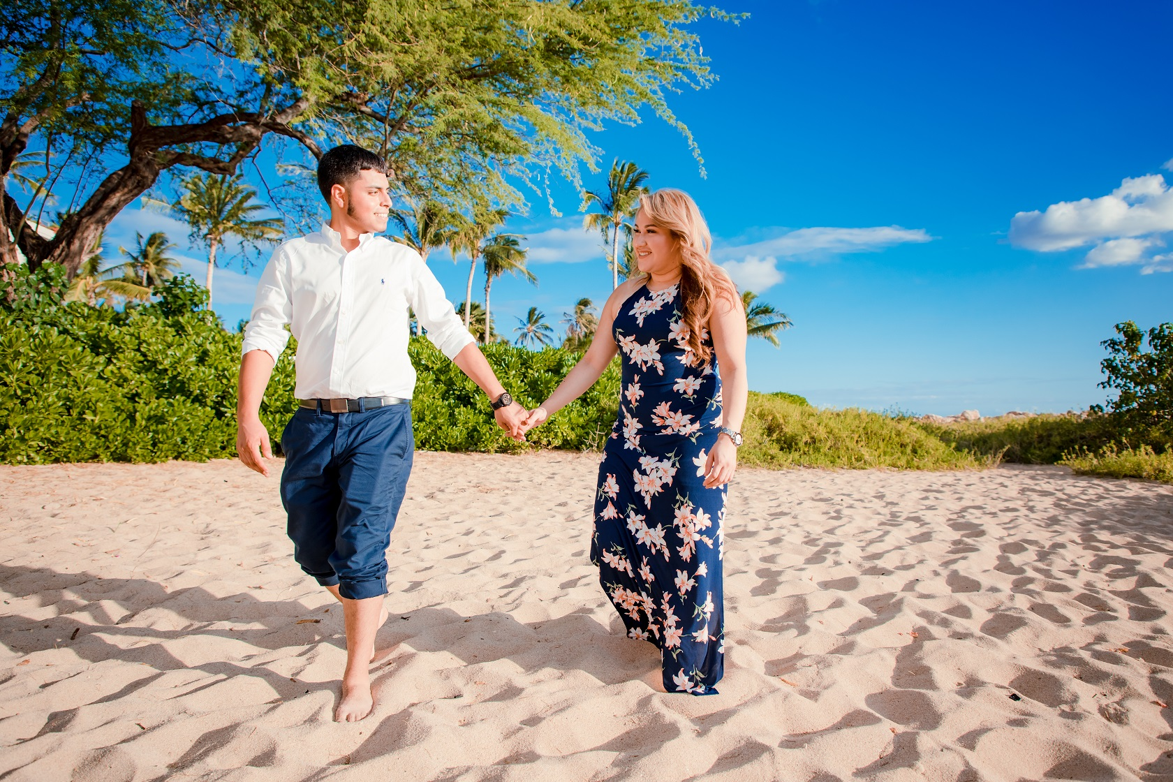 oahu couples engagement photographer