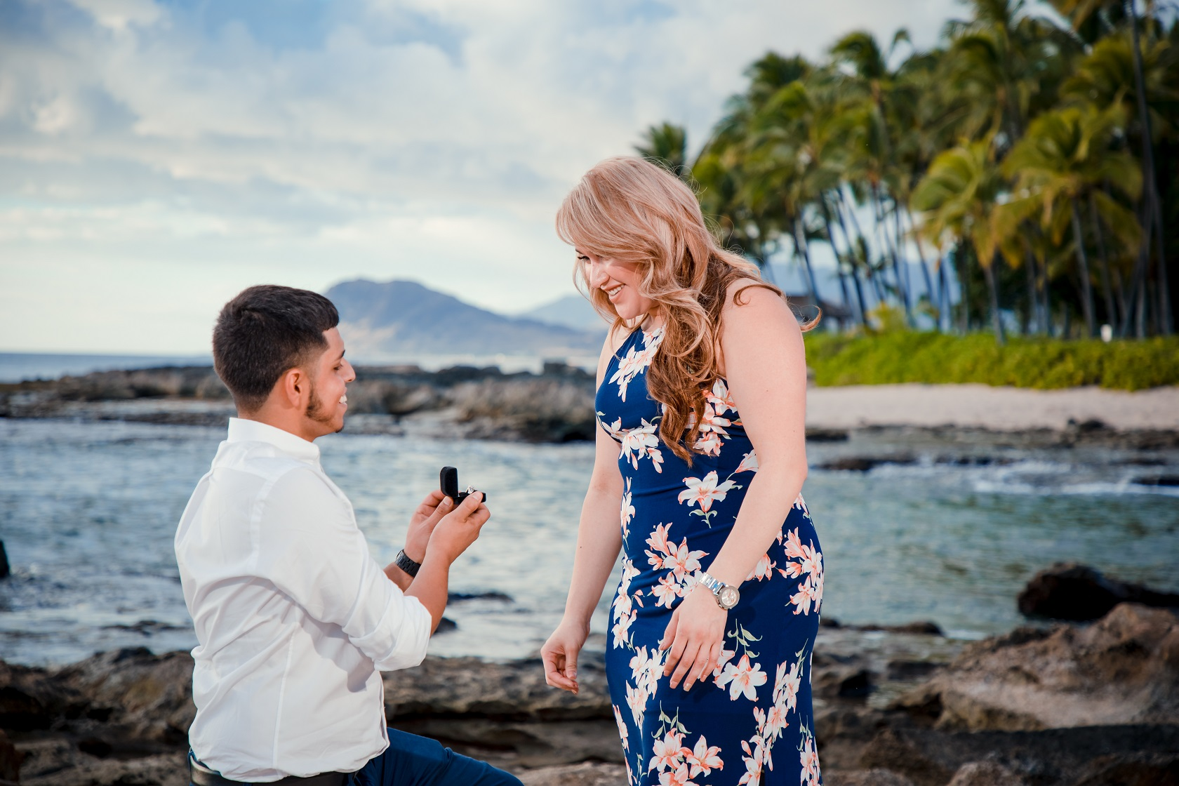 couples oahu engagement