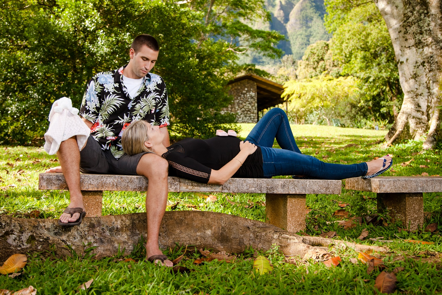 park bench Maui forest maternity family portrait