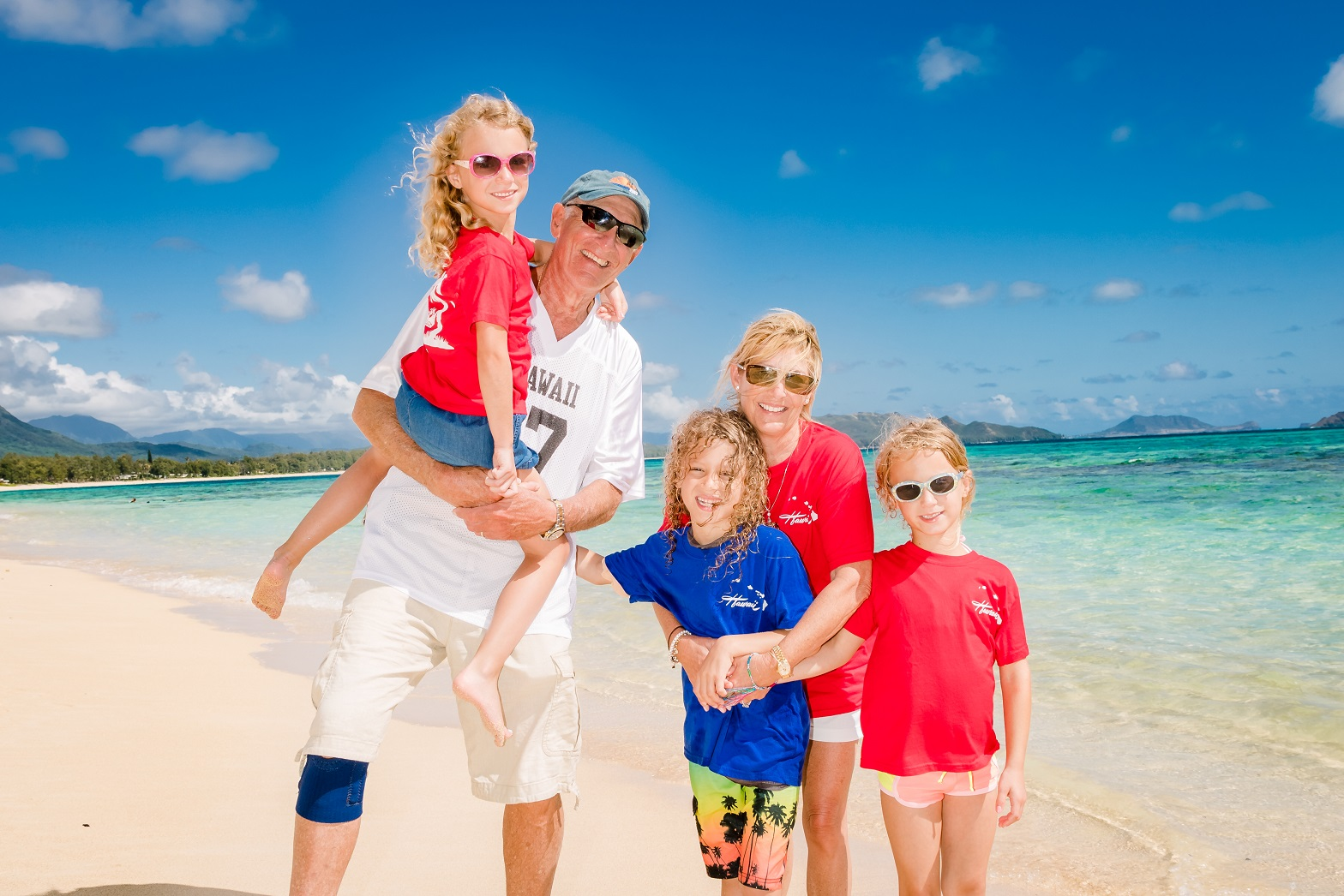 family beach photos with grandpa and grandma