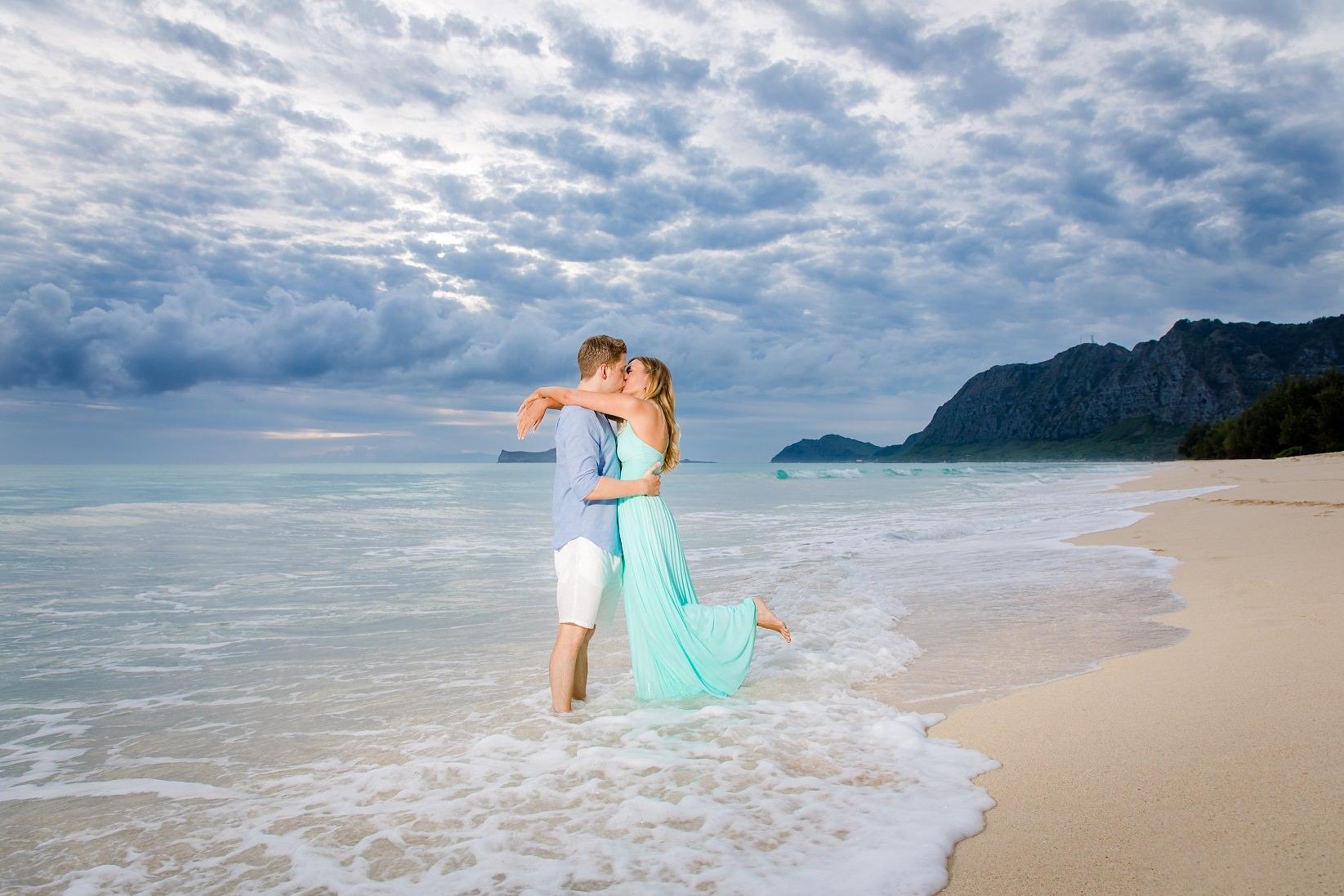 sunrise couples engagement portrait waimanalo oahu