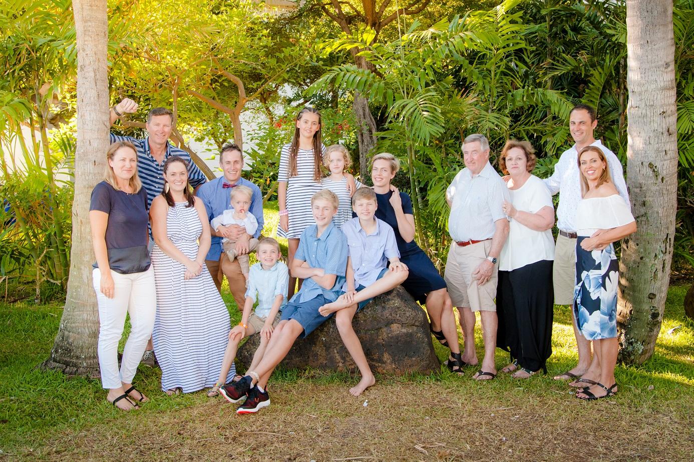 hawaiian hilton village family photographer