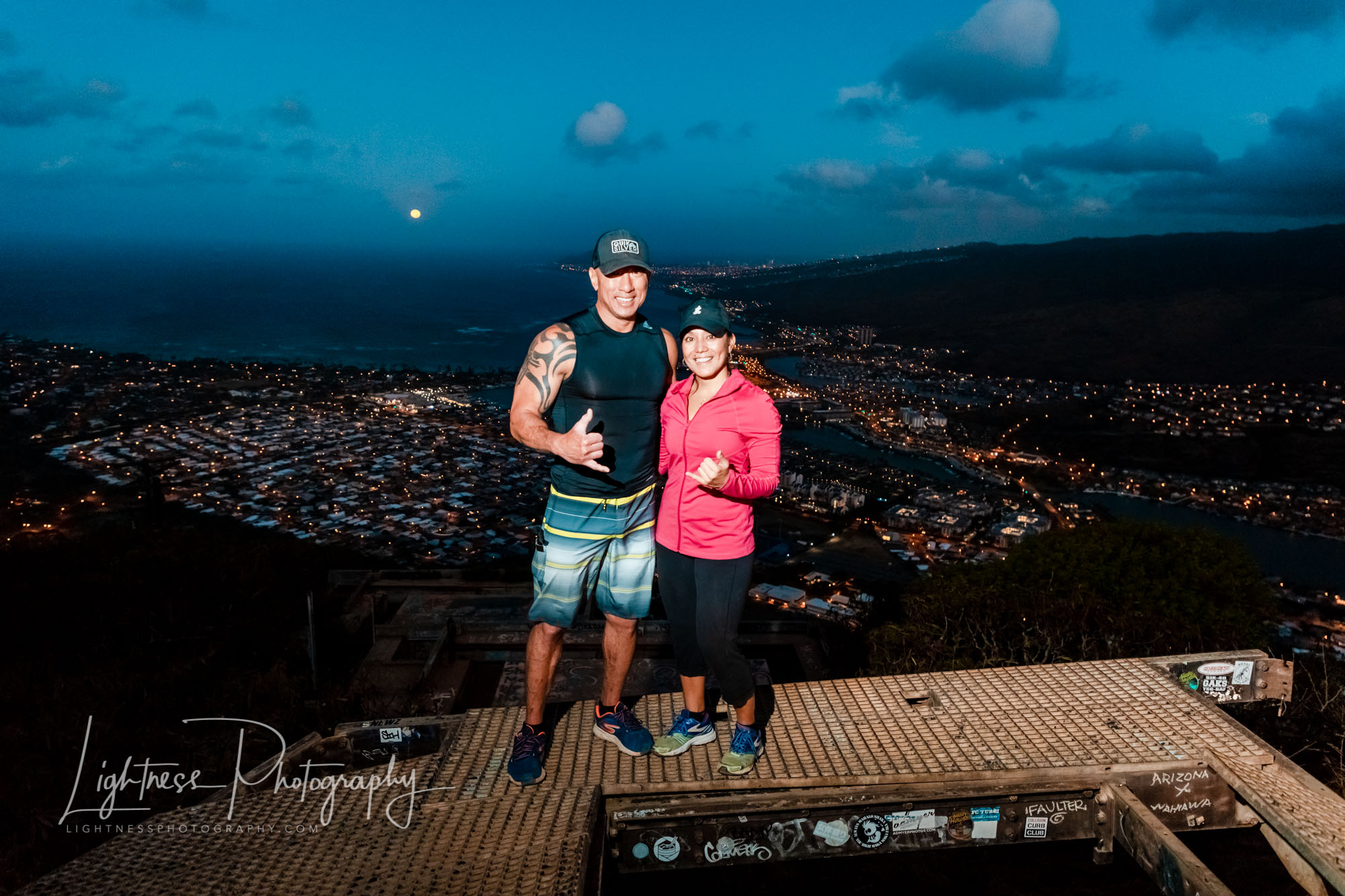 koko crater trail sunrise portrait moon setting over oahu
