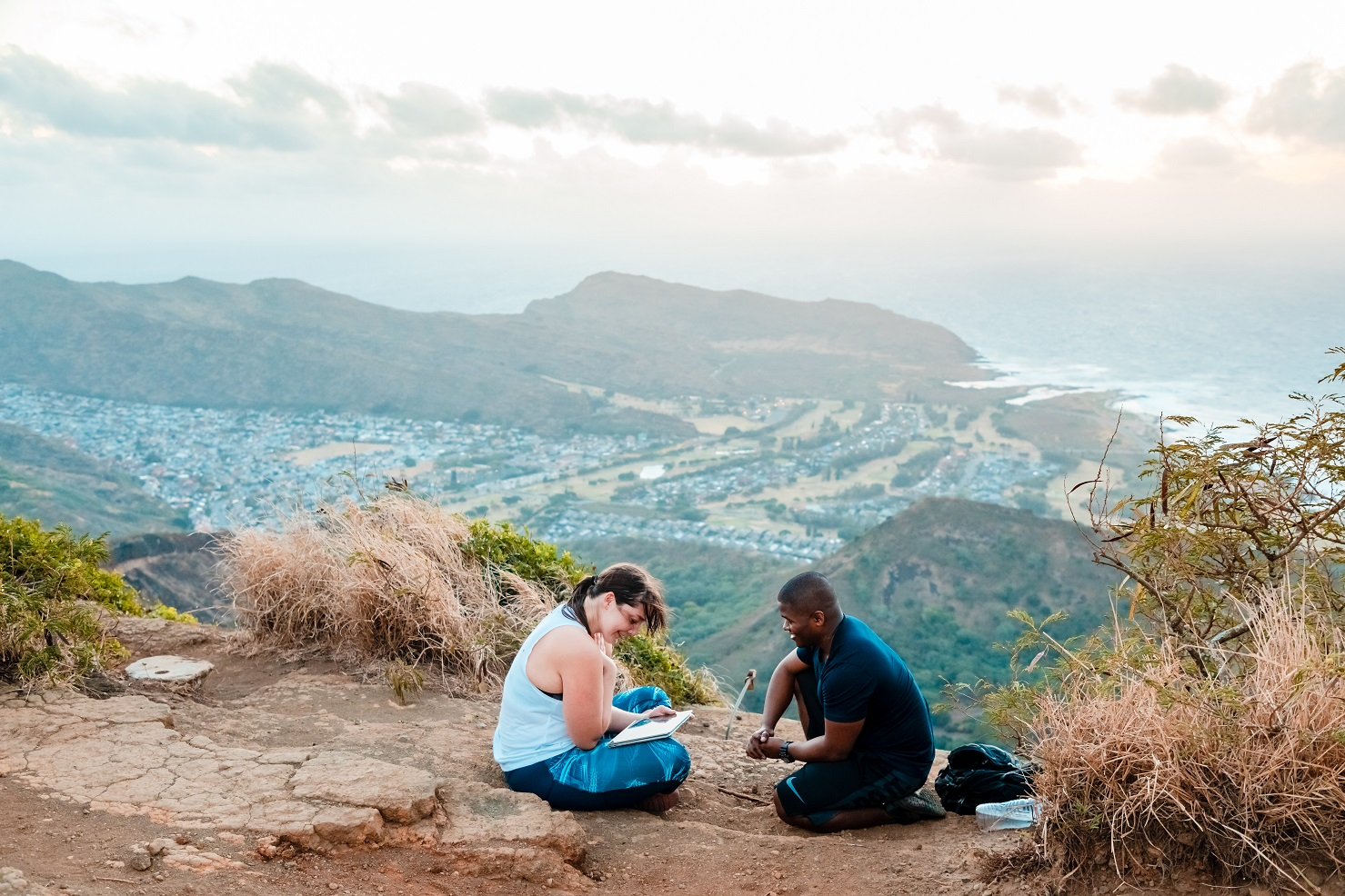 mountainside surprise proposal hawaii