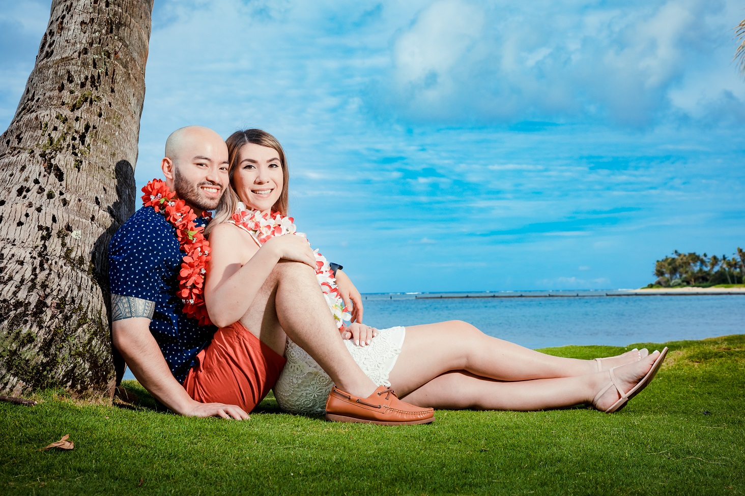couple engagement portraits beach hawaii