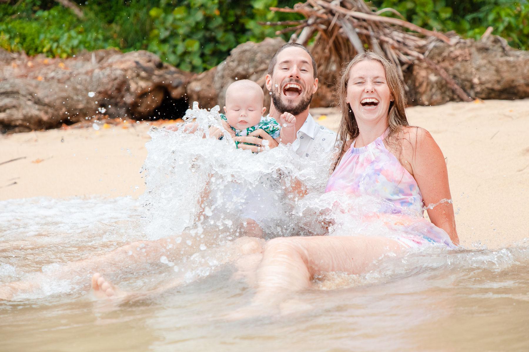 family beach portrait photo oahu hawaii