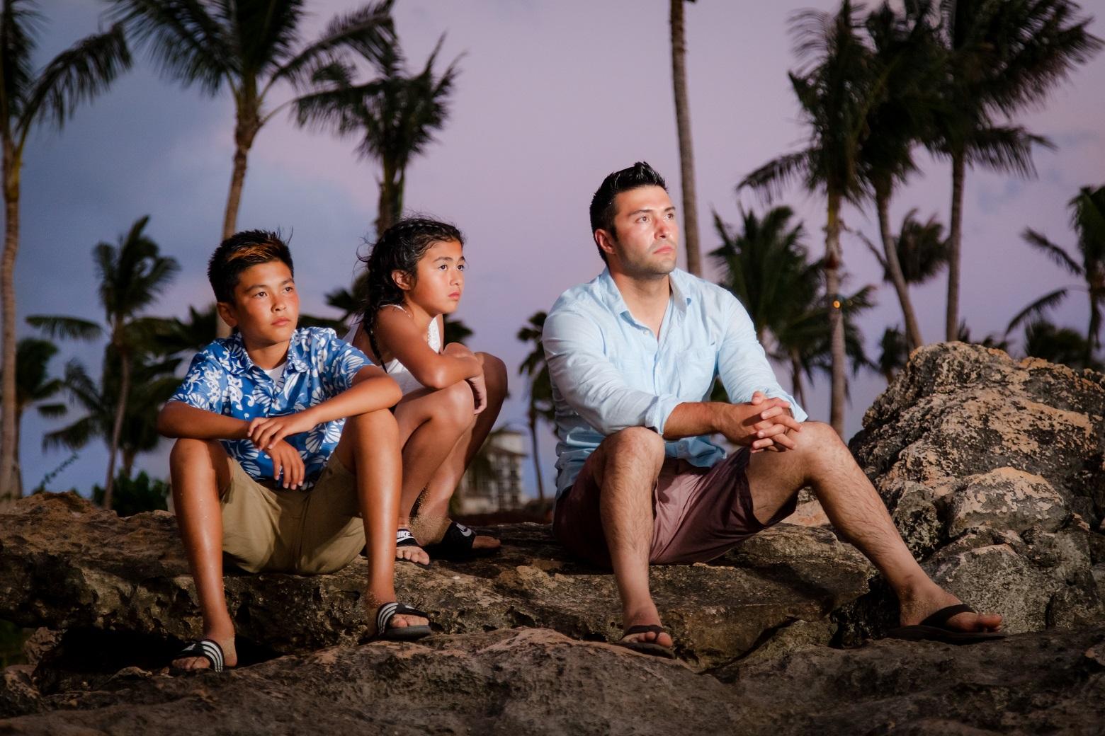family kids childrens sunset portrait kauai poipu beach photography