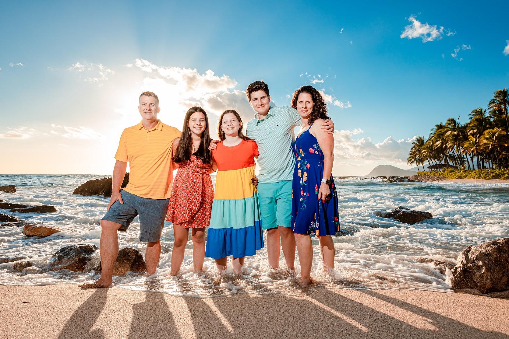 family kauai vacation photography portrait session ocean beach sunset