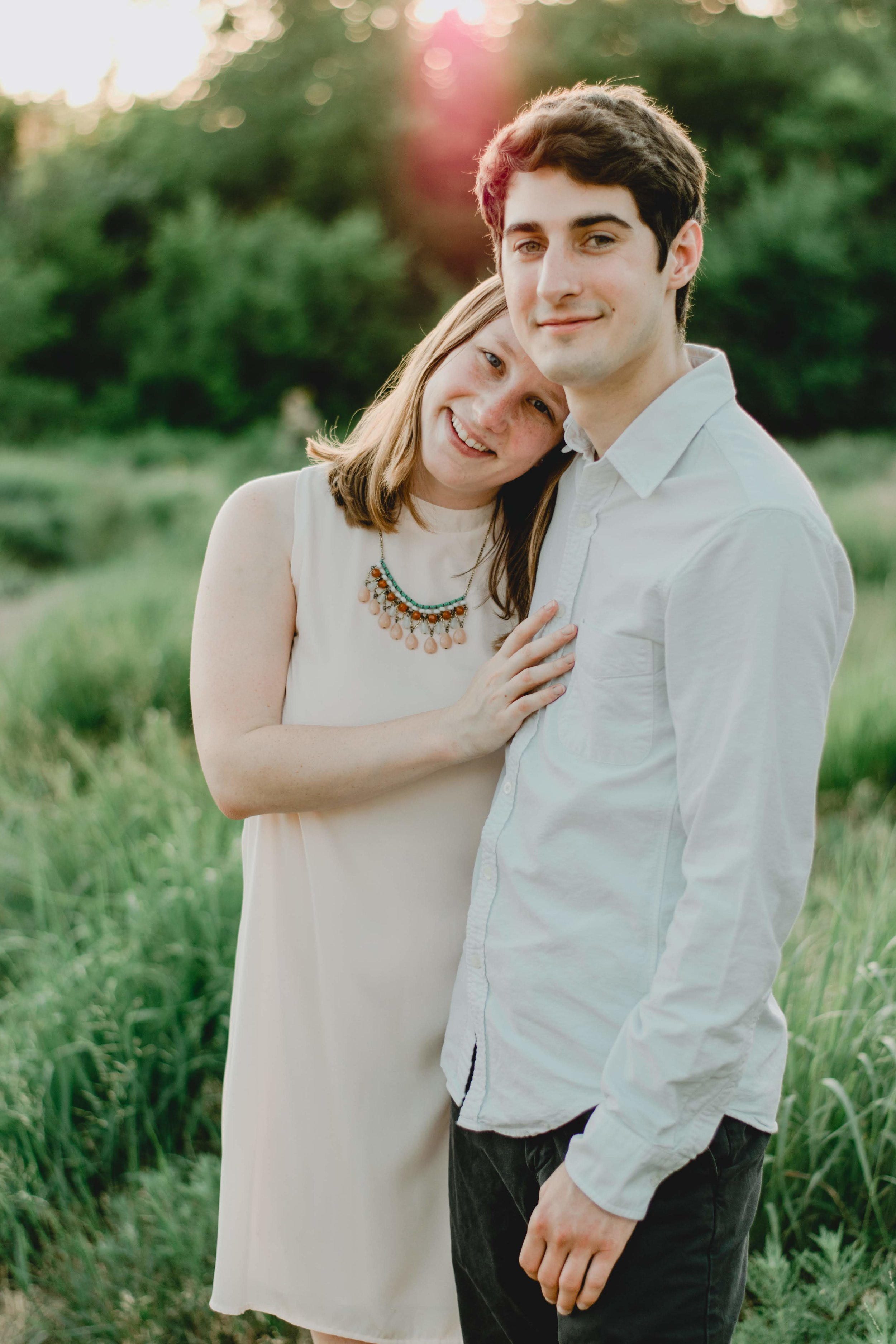 Tips for taking photogenic engagement photos