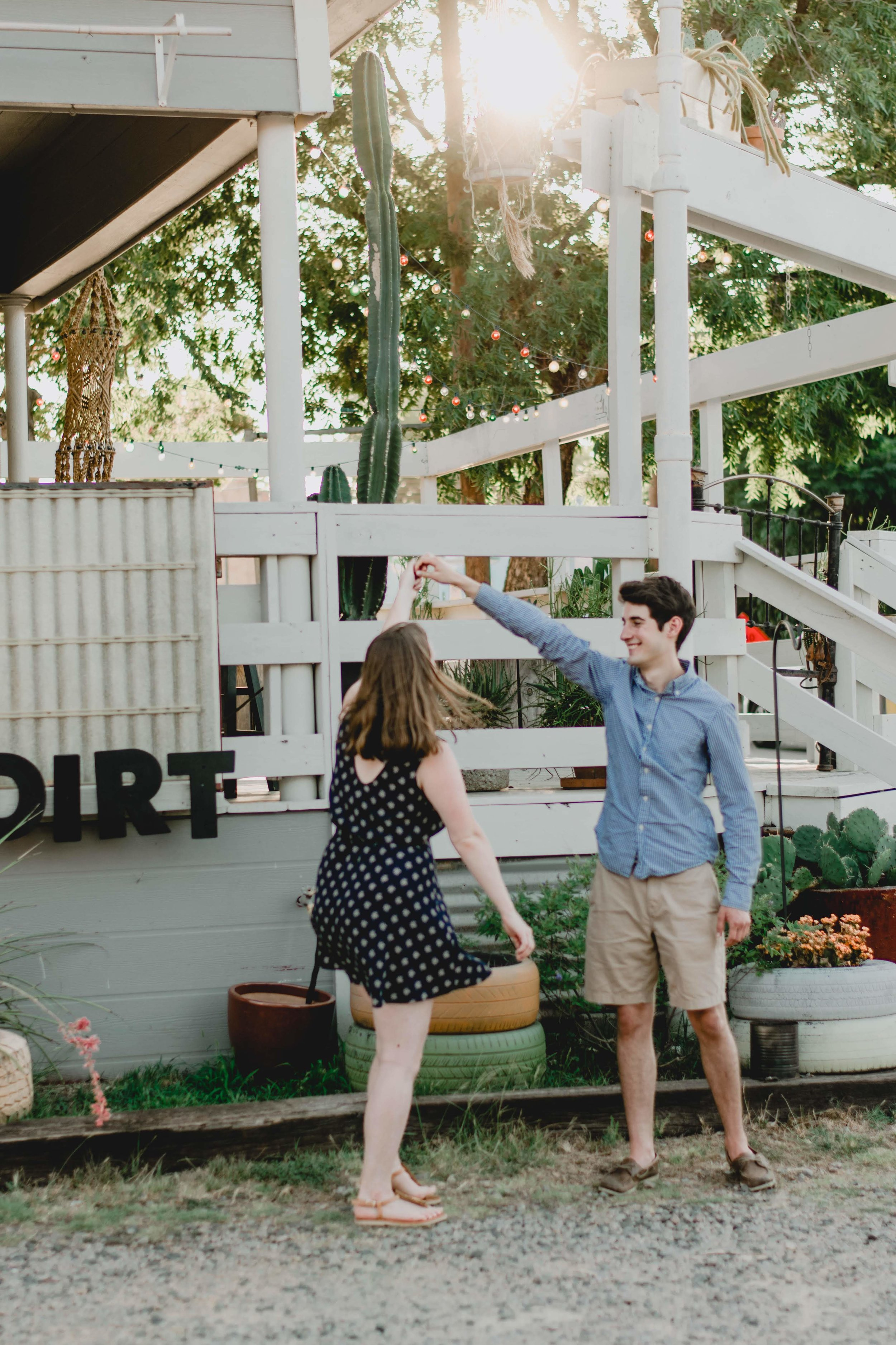 tips for engagement pictures