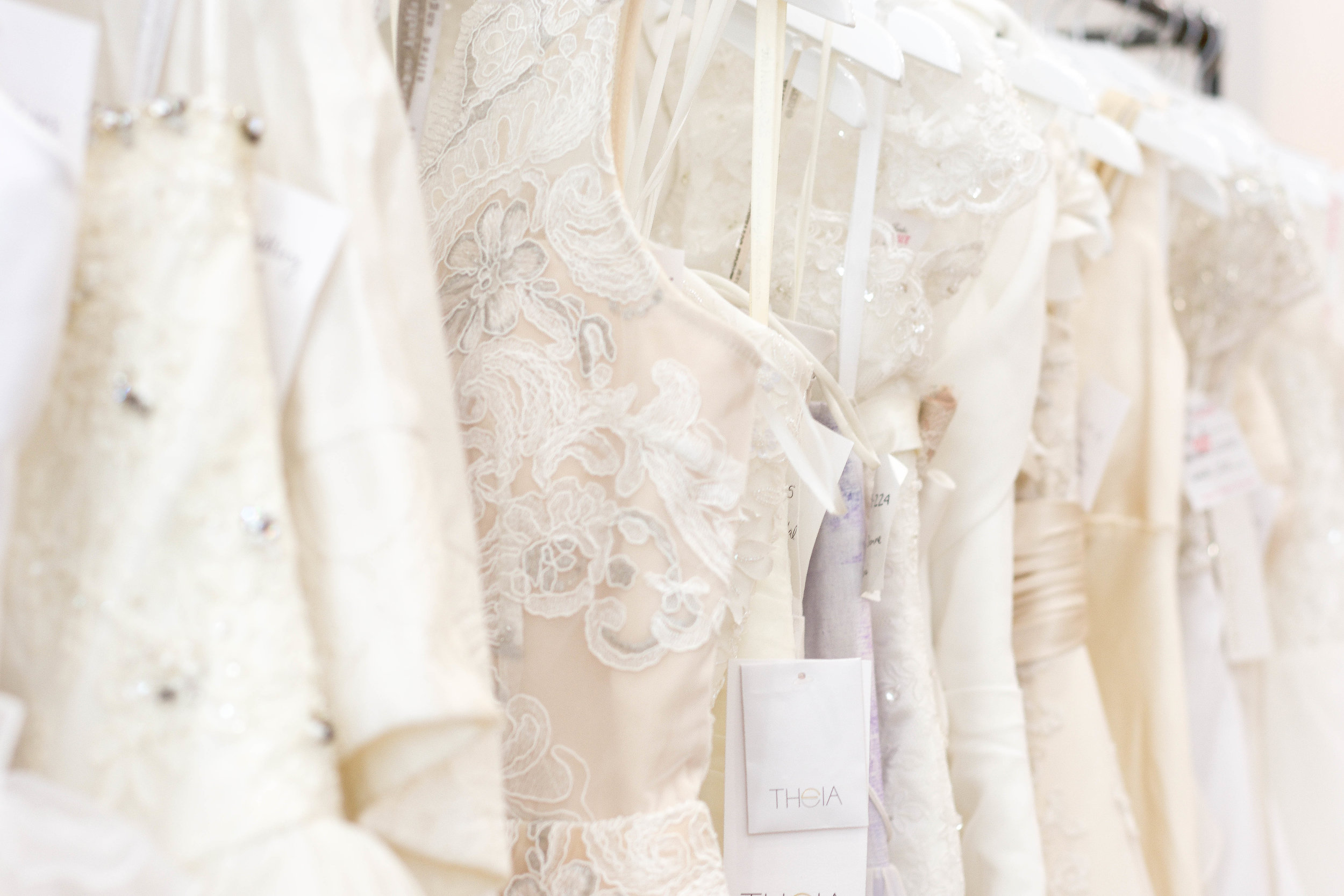 wedding dresses that give back