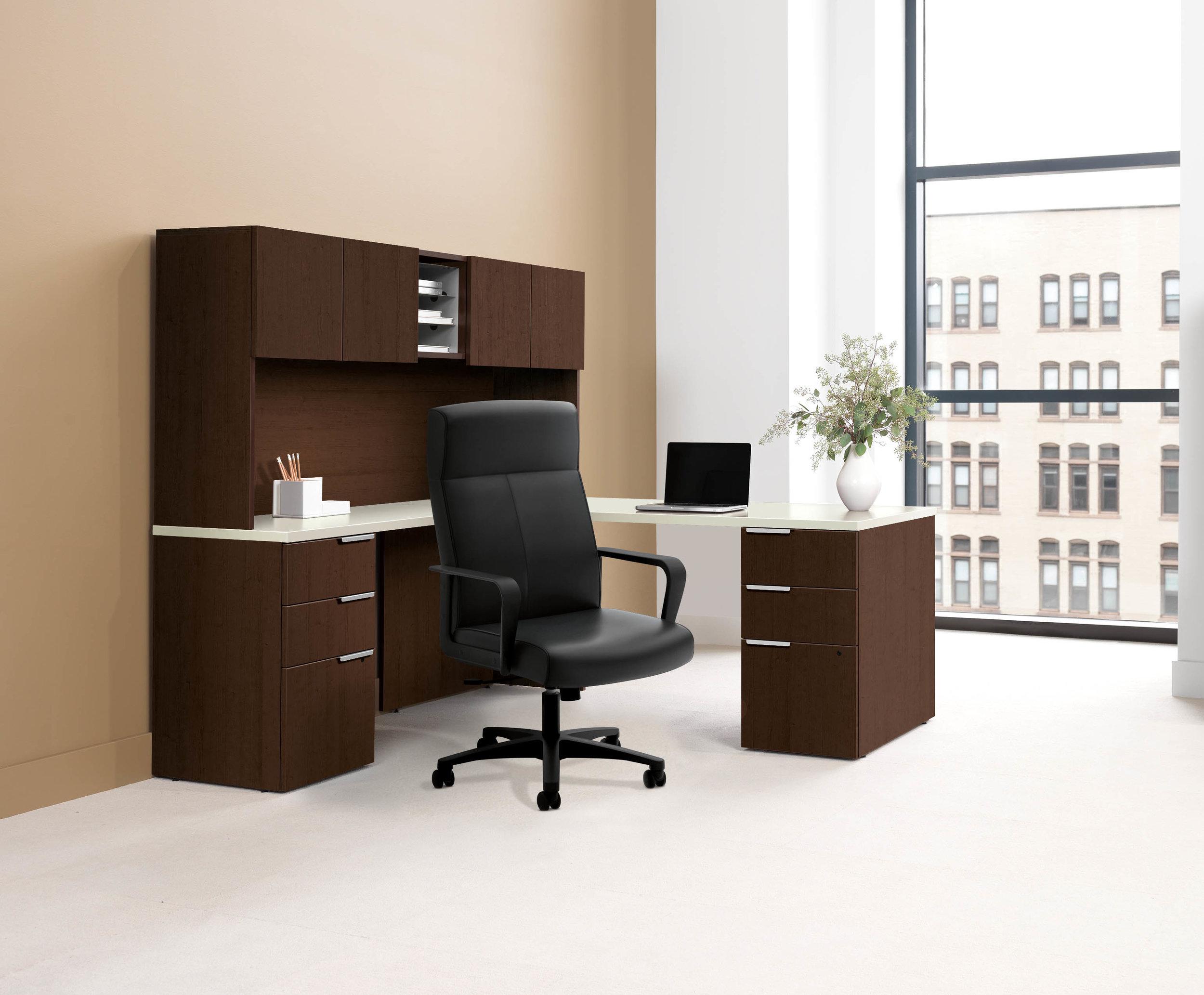 ConventionalPrivateOffice-bookcaseLateralMOCH_1_HVL604.jpg