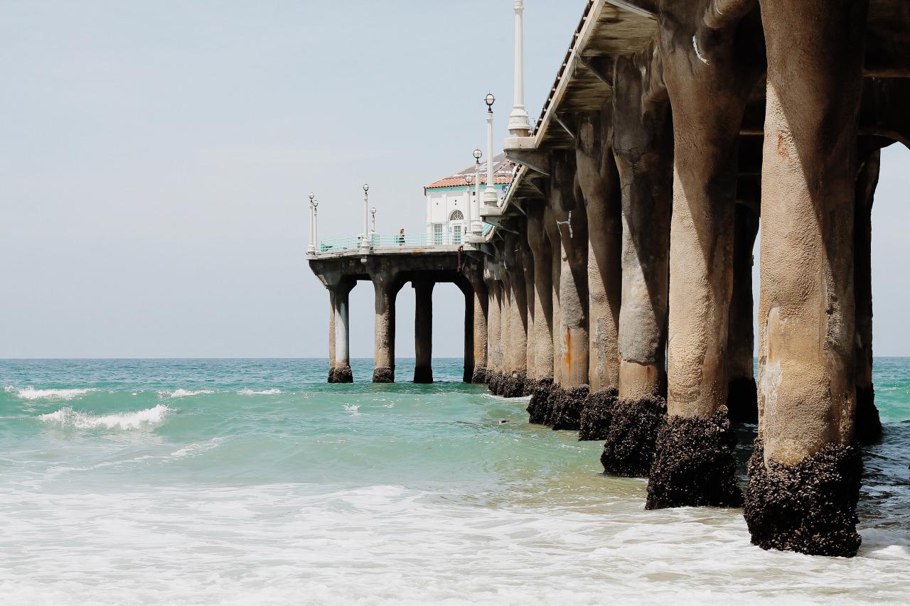 MANTHATTAN BEACH