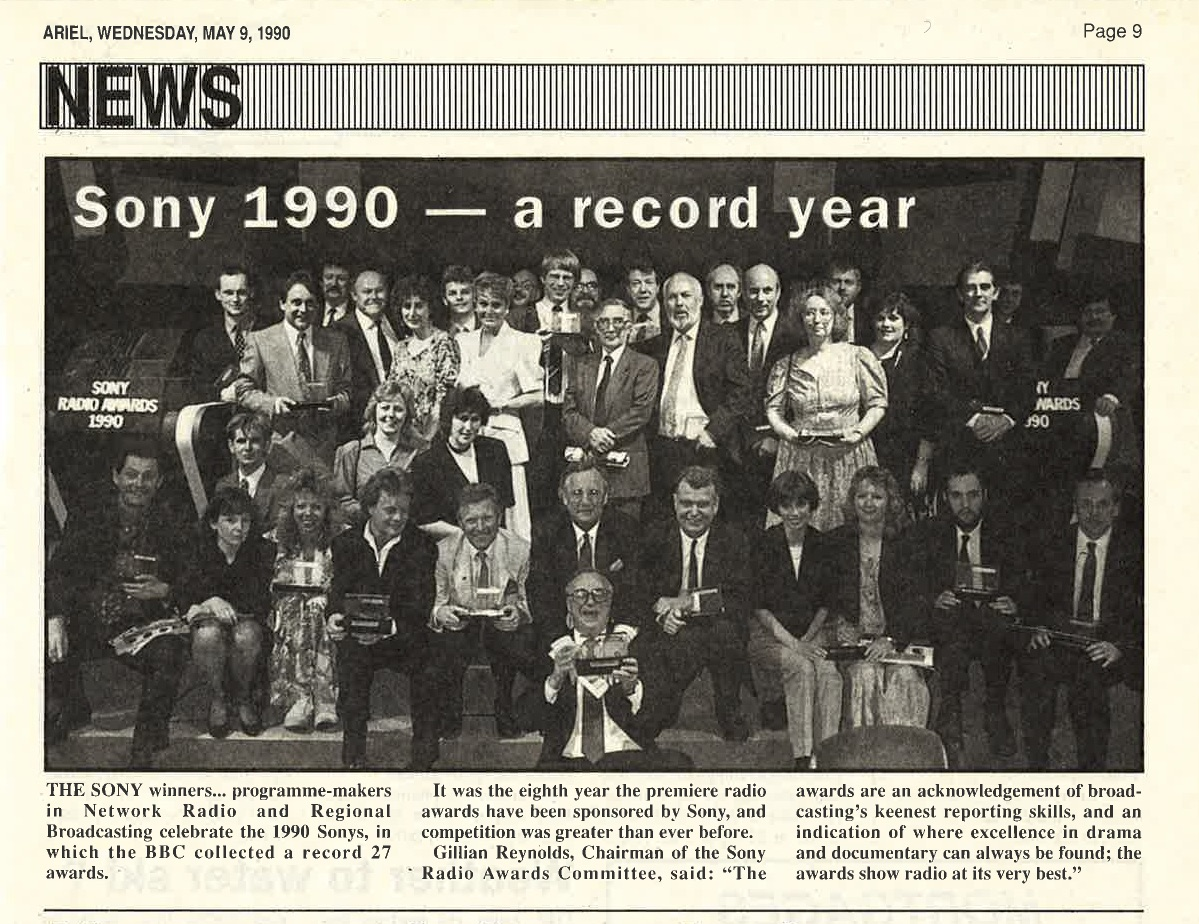 Ariel Magazine, May 1990 (Graham Sheffield standing back row, second from left)