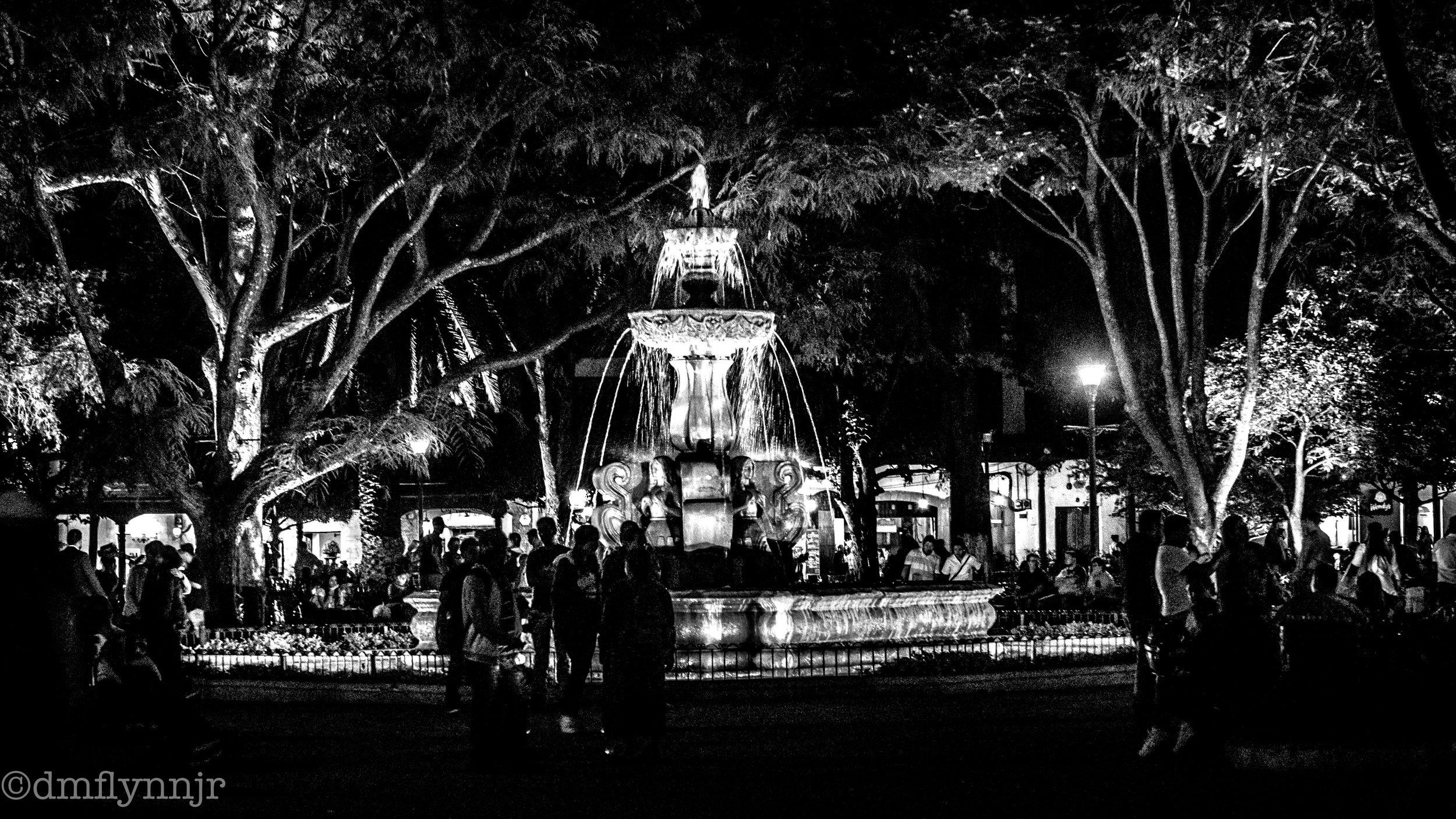 plaza night (1 of 1).jpg