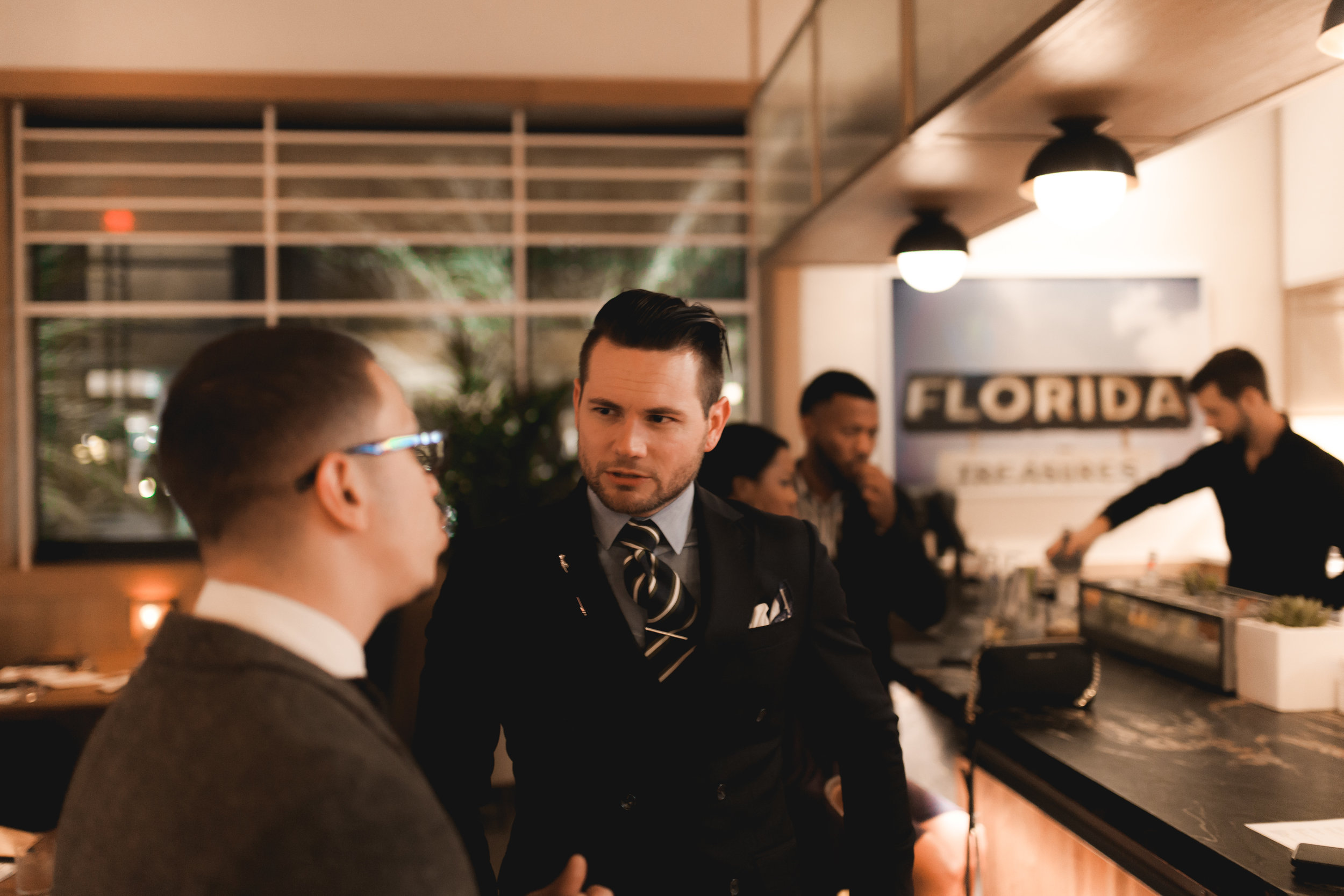 Parkandmorsemenswear The Dapper Hour GregsStyleGuide Earls Kitchen and Bar Orlando