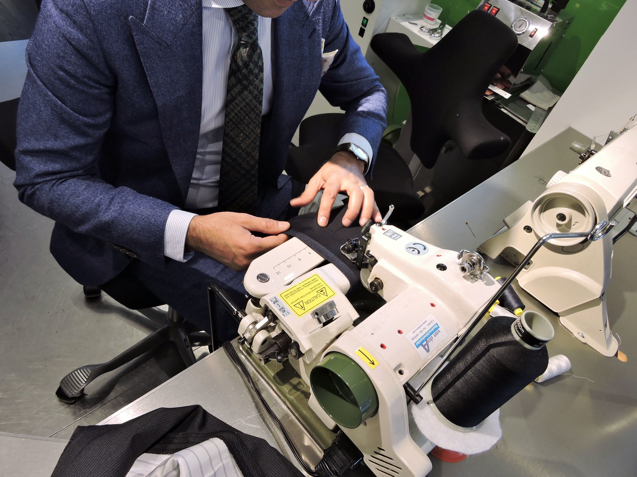 Suitsupply tailor