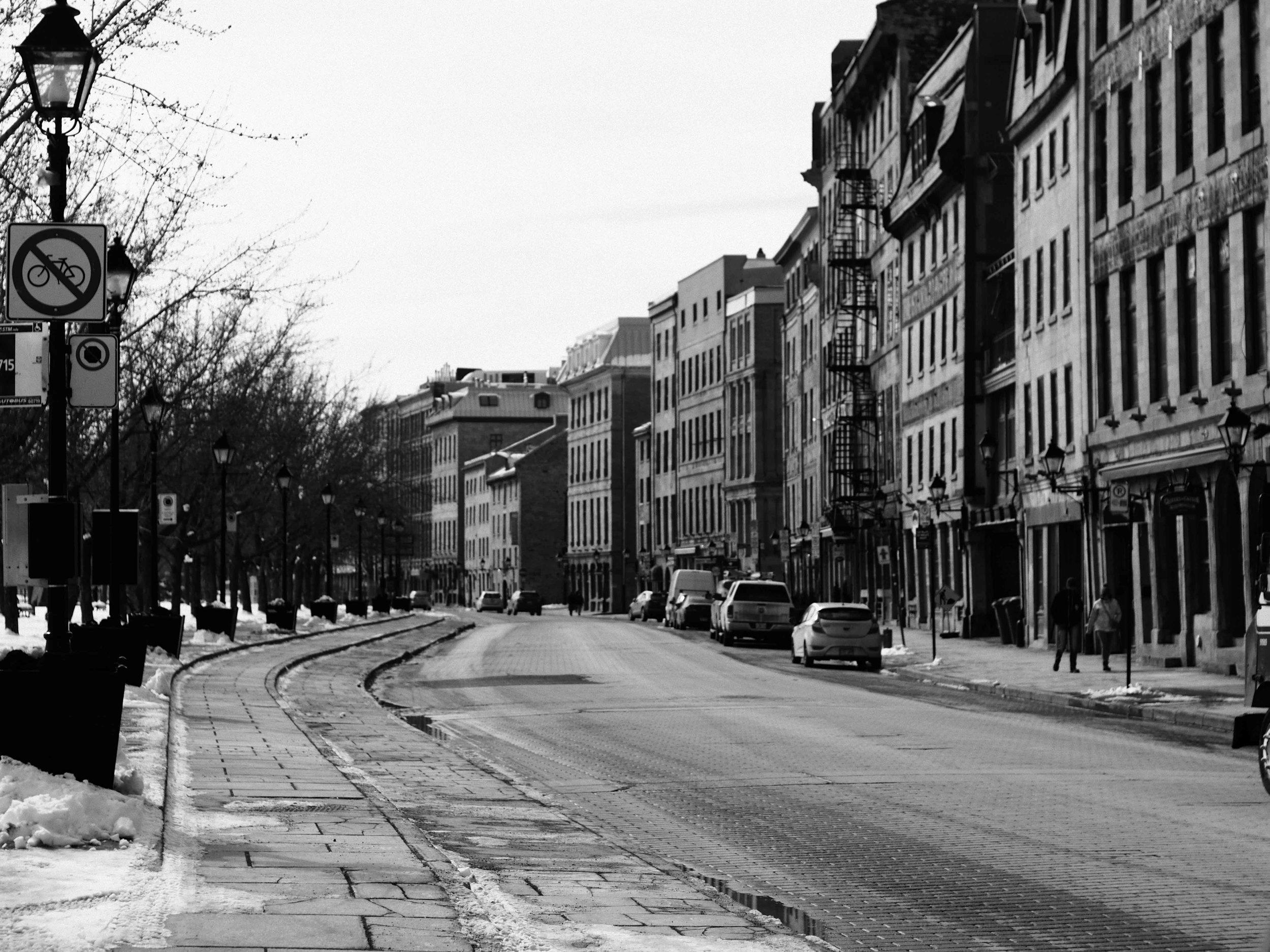lenoxshotit street photography montreal black and white 2018