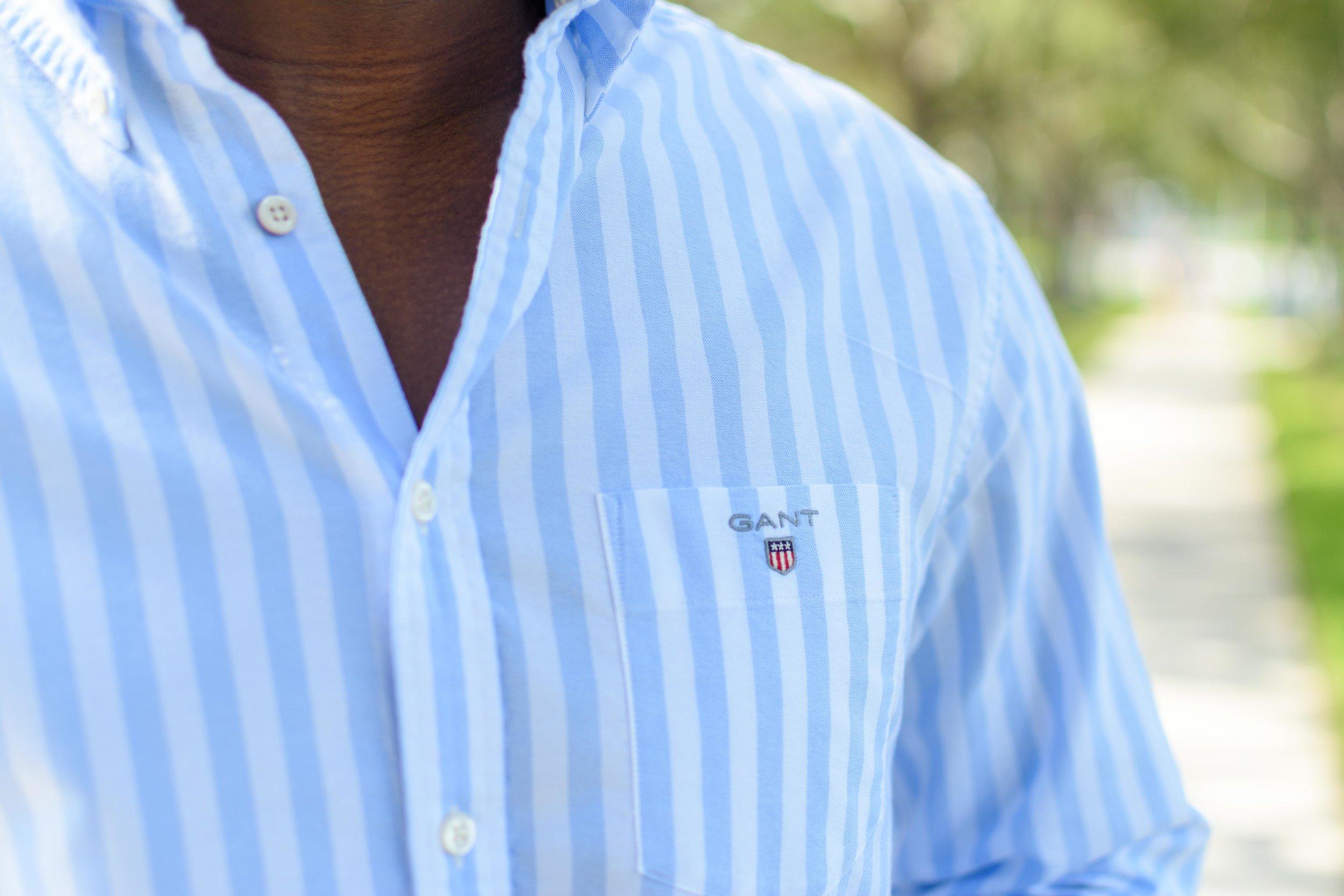 gant oxford banker shirt capri blue details.JPG