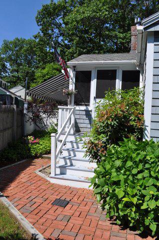 Door steps.jpg
