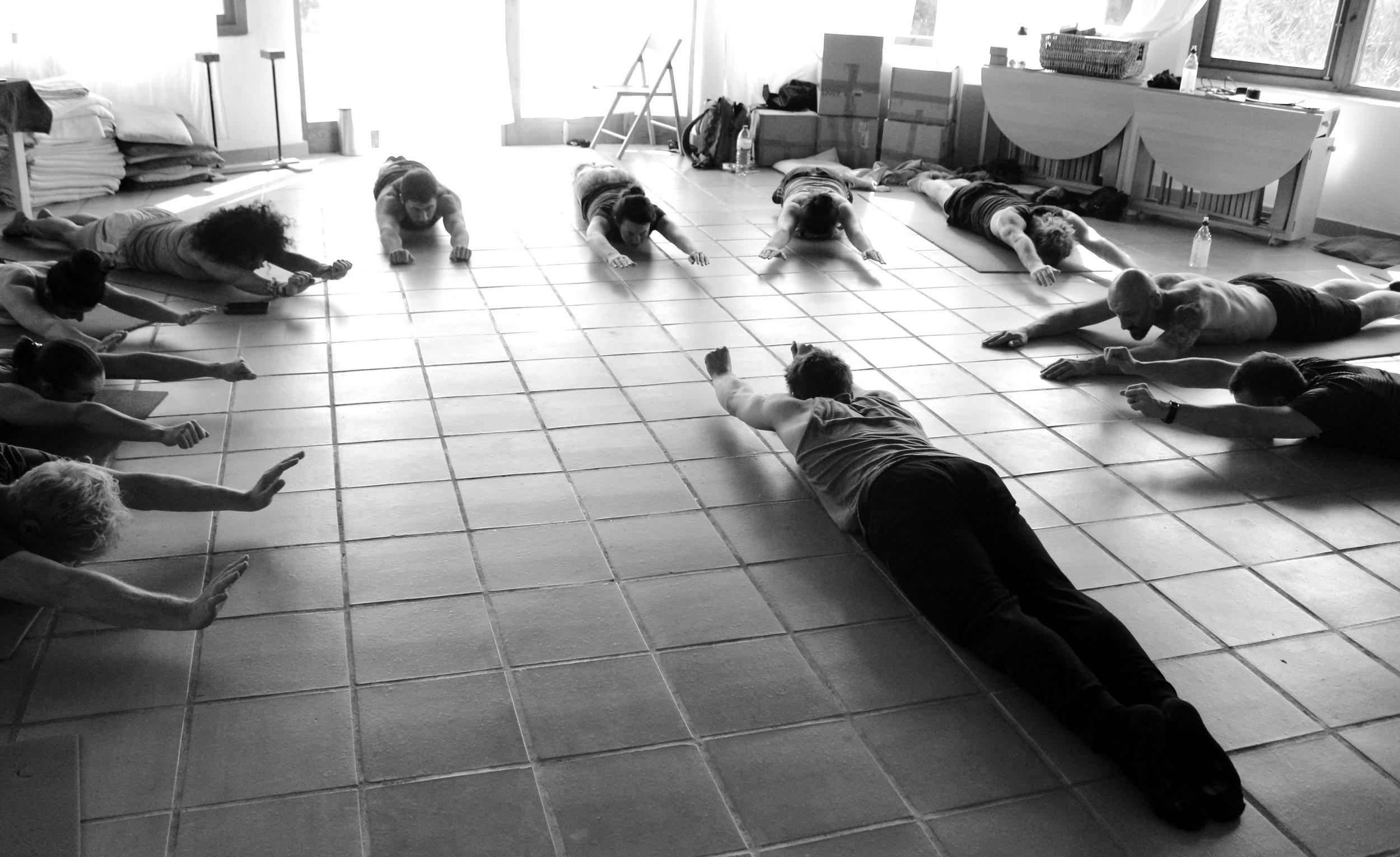 Inertia Retreat Saturday Afternoon_Mikael Handbalancing_Seve_5.jpg