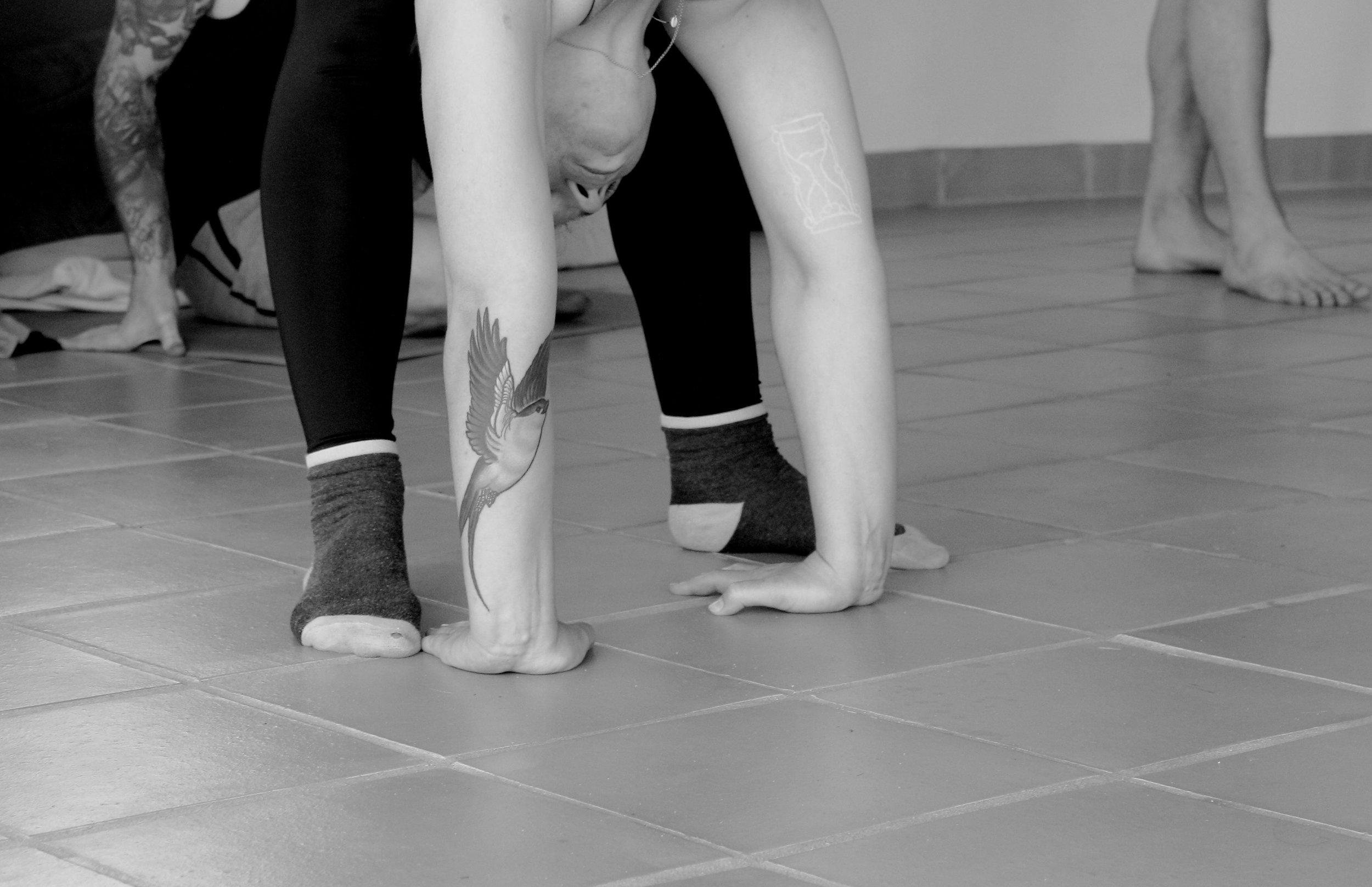 Monday Morning_Mikael Handbalancing_Seve_2.jpg