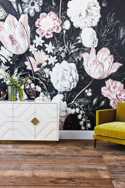 Lonny . Living Room. Wallpaper.