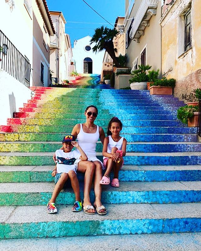 The beauty of exploring is that you never know what is just around the corner 🌈. While exploring the small town of  Arzachena we came across the church of Santa Lucia and the impressive 76 rainbow steps that lead to it. Such a beautiful and unexpected surprise.  #rainbowstairs #explore #travel #adventure #sardegna #italia #sardinia #italy #familytravel #travelphotography #monday #motivation #azarchena