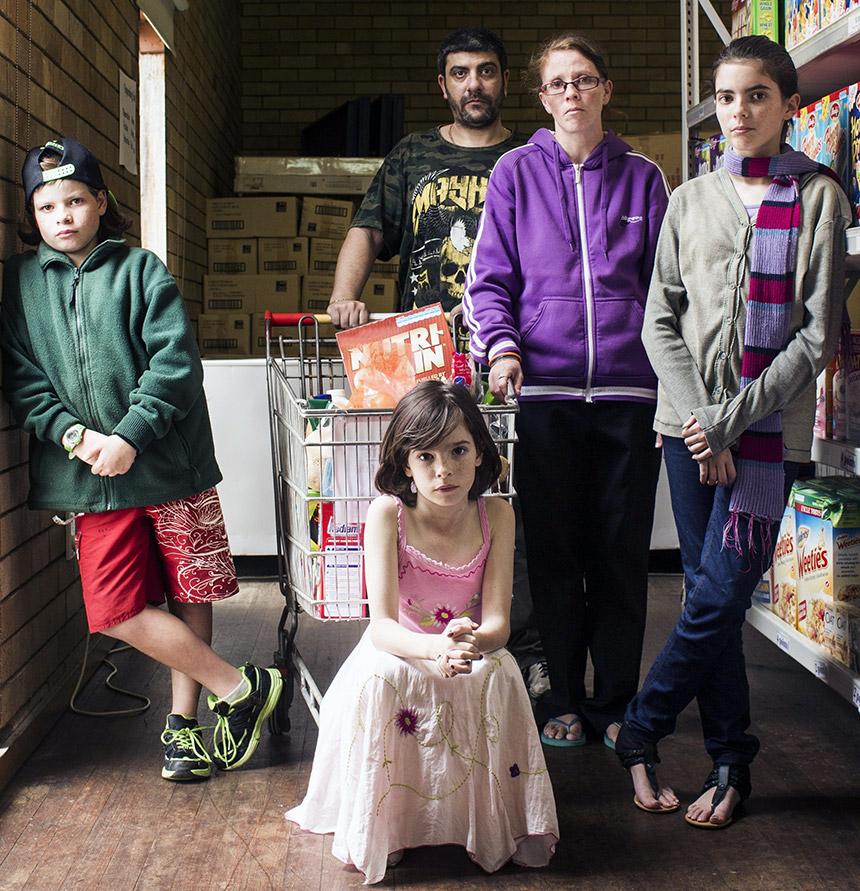 Hunger-Report-family